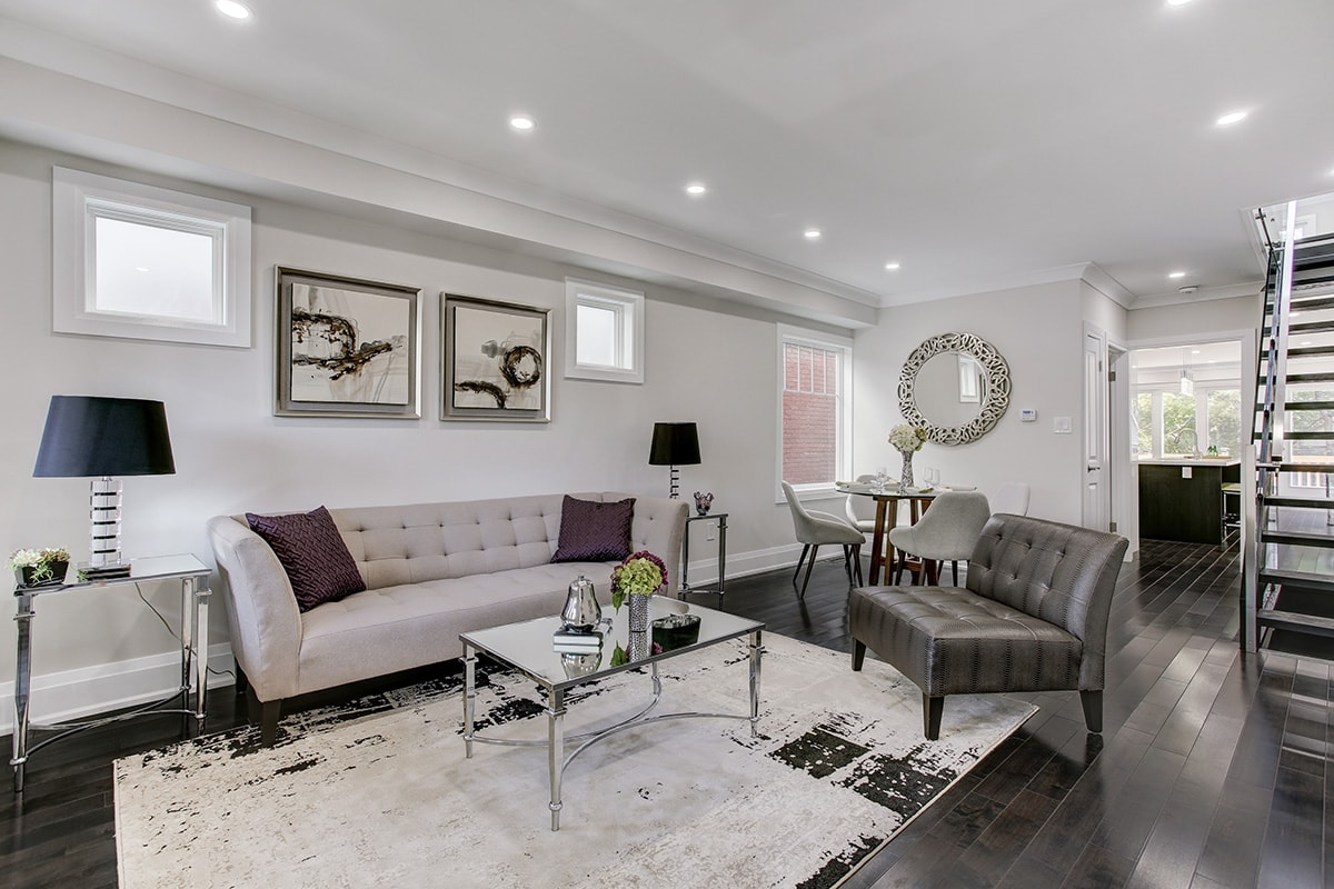 Lived-in Homes - It is often difficult for a person to take a truly objective and critical look at their own home and decipher potential drawbacks to a prospective buyer. One of the important benefits of working with Paradiso Design & Staging is that our professional design consultants will guide and assist you to properly present your home!
