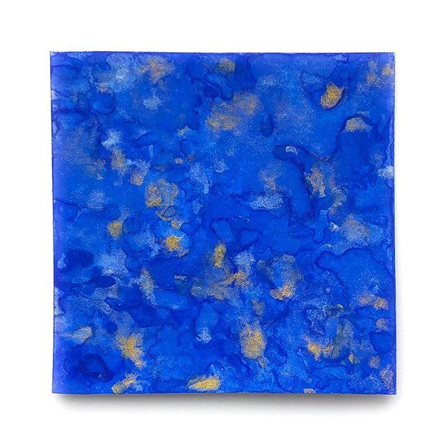 lapis lazuli #HandmadeWatercolors  #100DaysOfColorMixing #UltramarineBlue #MetallicGold #MetallicPearl #The100DayProject #LimnColors