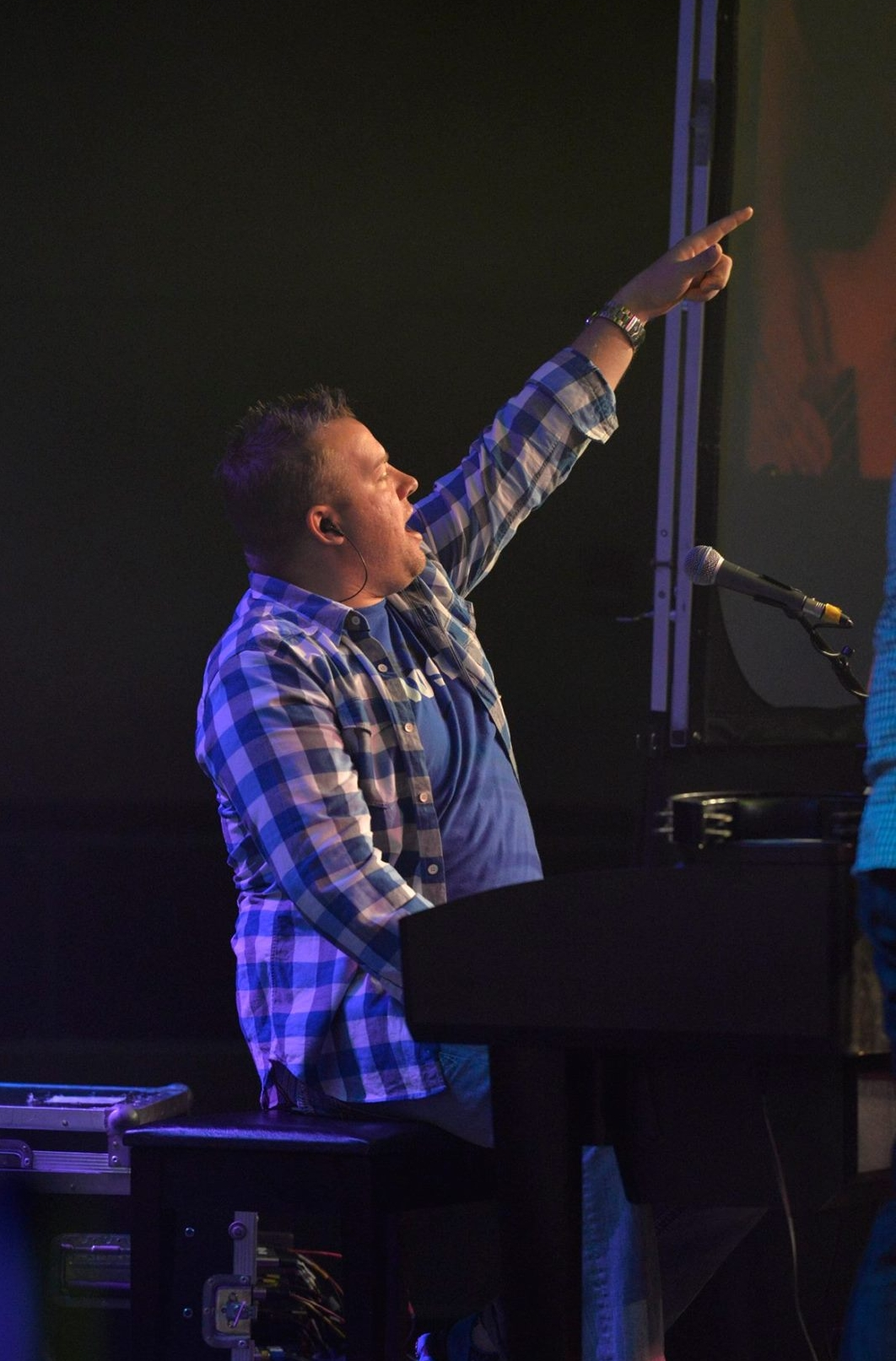 Matt Endreson / Keys, Vocals   My name is Matt Endreson, and I am blessed to play in this band with amazing musicians and Christians as well. I am 37 years old, married to my beautiful wife for 15 years, and have two amazing daughters. I also am a high school choir director, work with music within a church, and play with this group, Red River Worship, that has a mission to uplift faith with music. One could say that music is a huge part of my everyday life! Playing keys with this band has heightened my faith and love of Christian music. The music we have and play, can speak to the soul and heart on what life is about. You will not find a better group of guys that love to worship and provide music ministry to all that will listen.