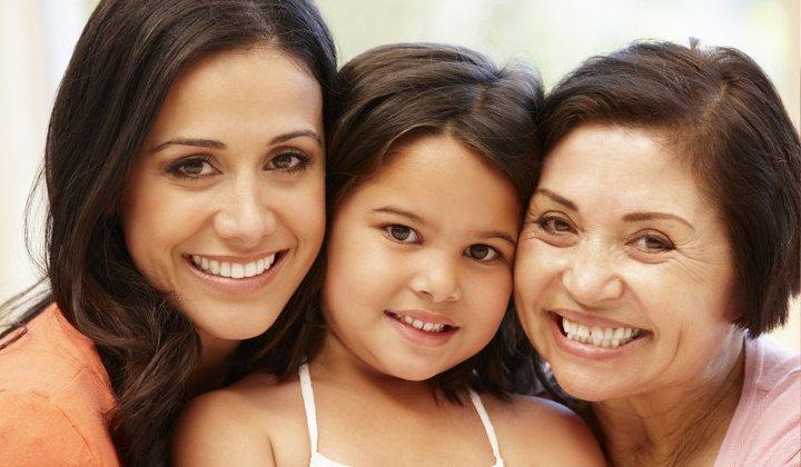 HispanicWomen.jpg