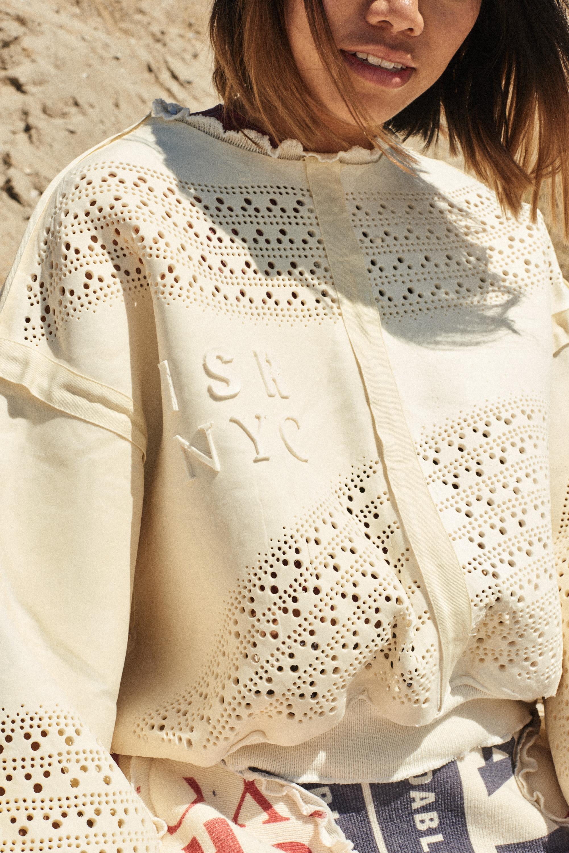 Gal Yakobovitch_Biofoam Sweater_makemoret collective.jpg