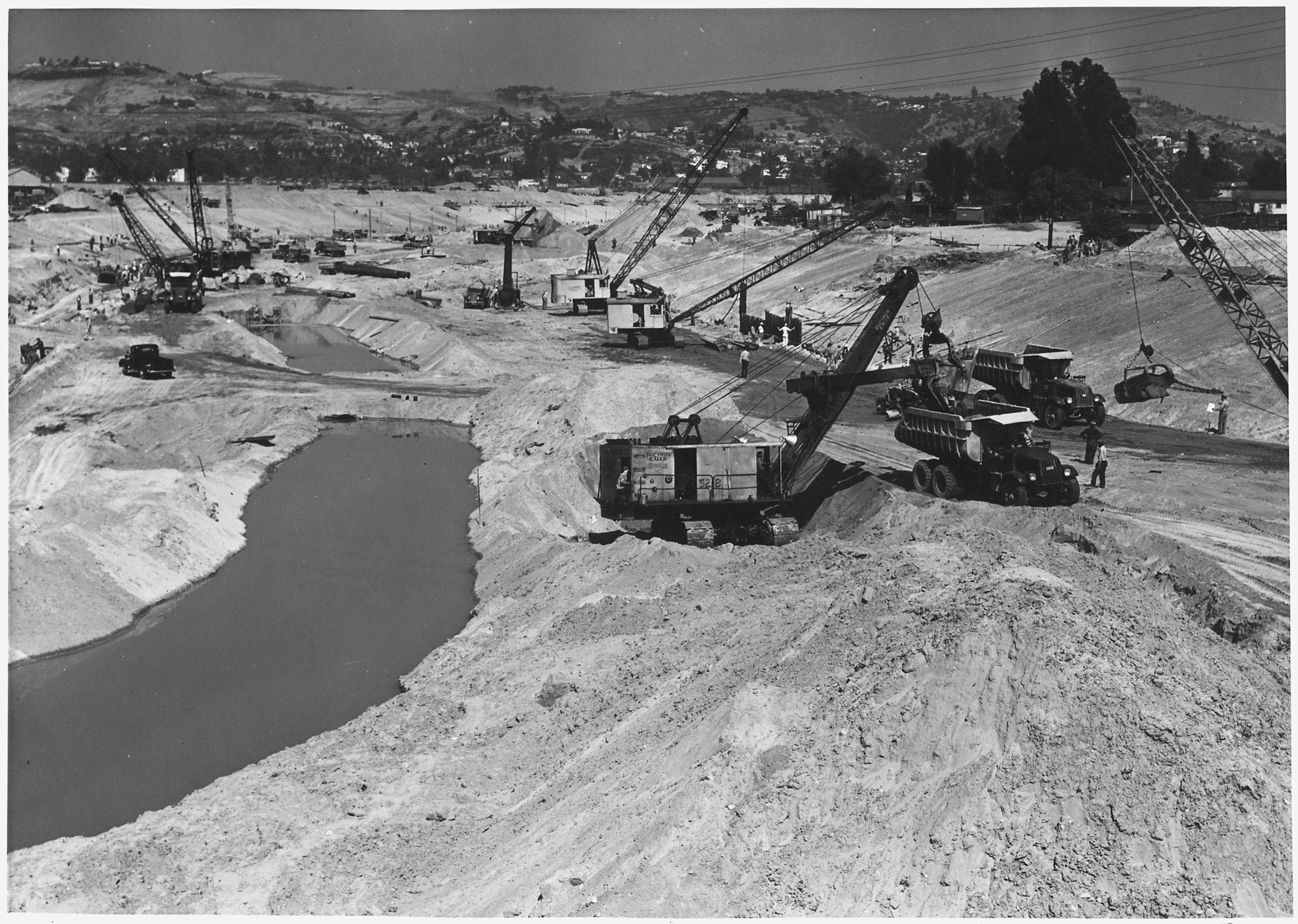 Los_Angeles_District_-_Los_Angeles_River_Subproject_No._129_-_E.R.A._and_Regular_Funds_-_Hired_Labor_-_Taken_June_13..._-_NARA_-_295359 copy.jpg