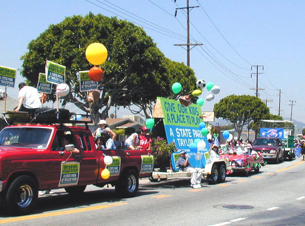 2000: The Community Organizes