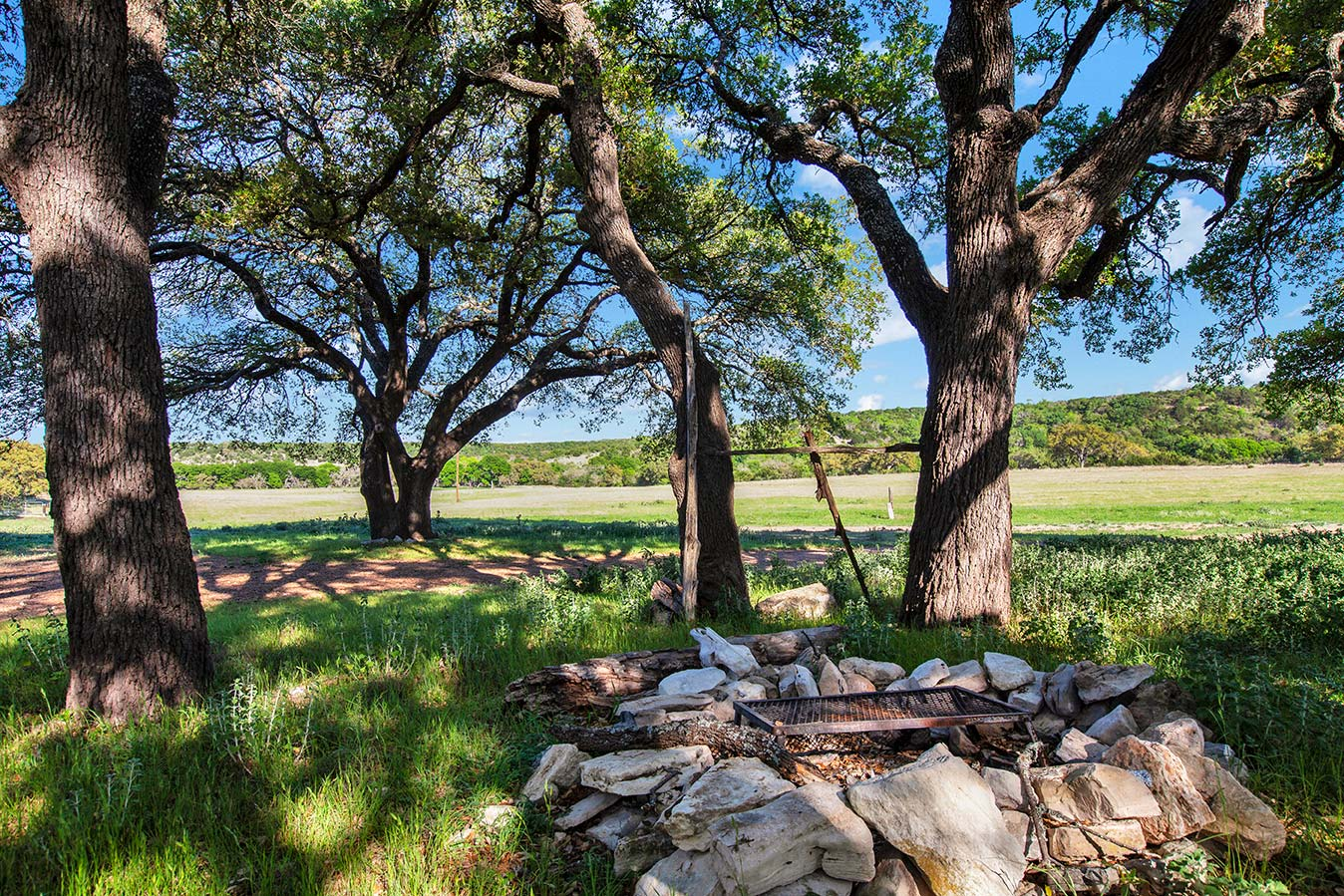 fredericksburg-realty-squaw-creek-ranch-real-estate-land-for-sale-home-house-historic-9.jpg