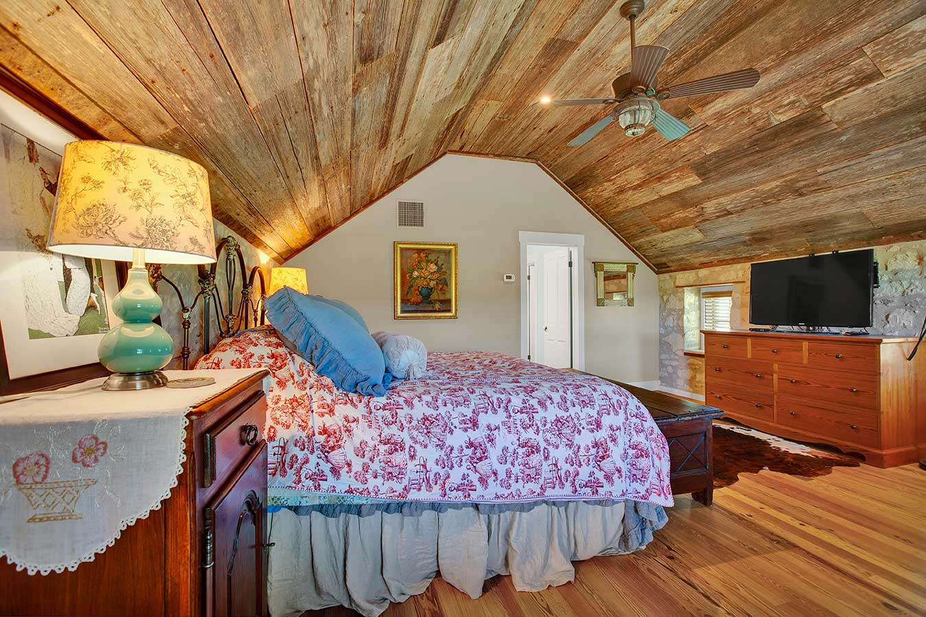fredericksburg-realty-squaw-creek-ranch-real-estate-land-for-sale-home-house-historic-26.jpg