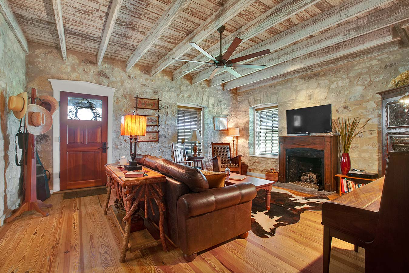 fredericksburg-realty-squaw-creek-ranch-real-estate-land-for-sale-home-house-historic-11.jpg