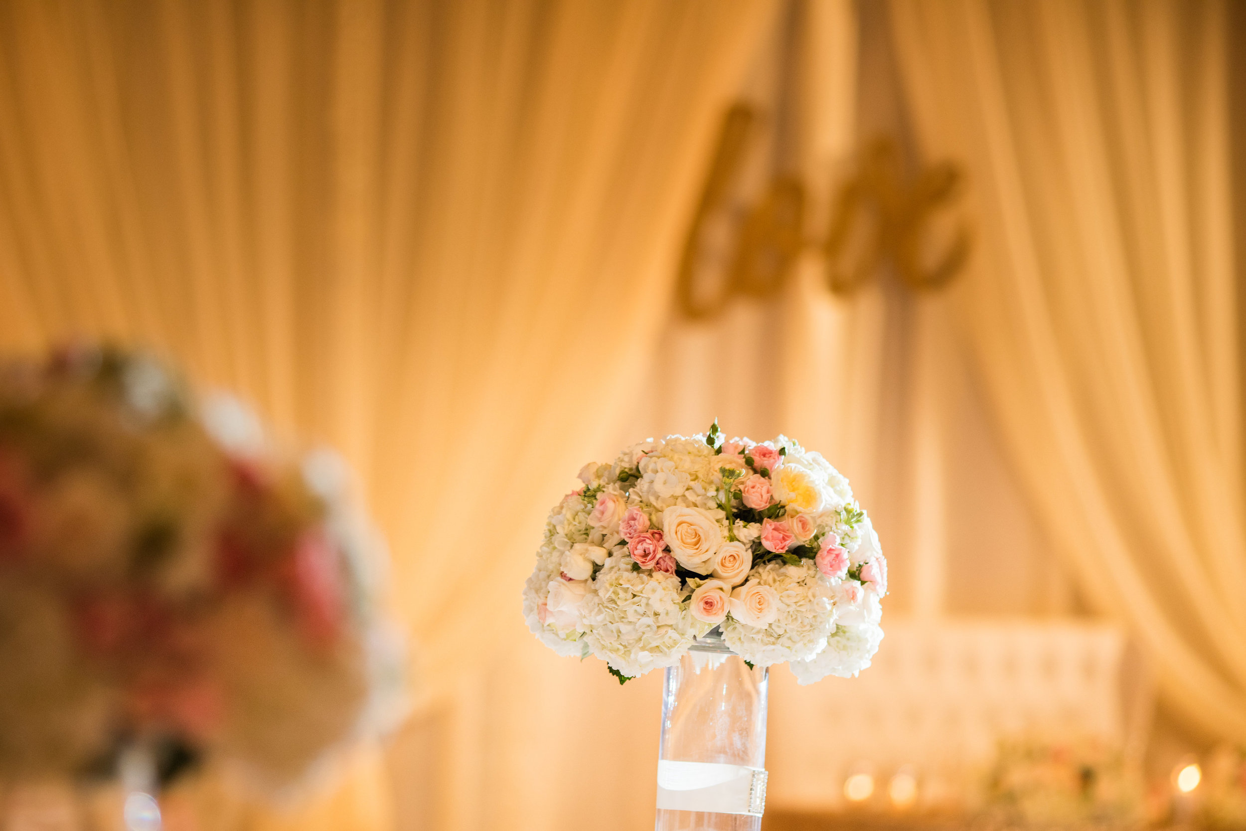 Hyatt-Regency-Waikiki-Wedding-24.jpg