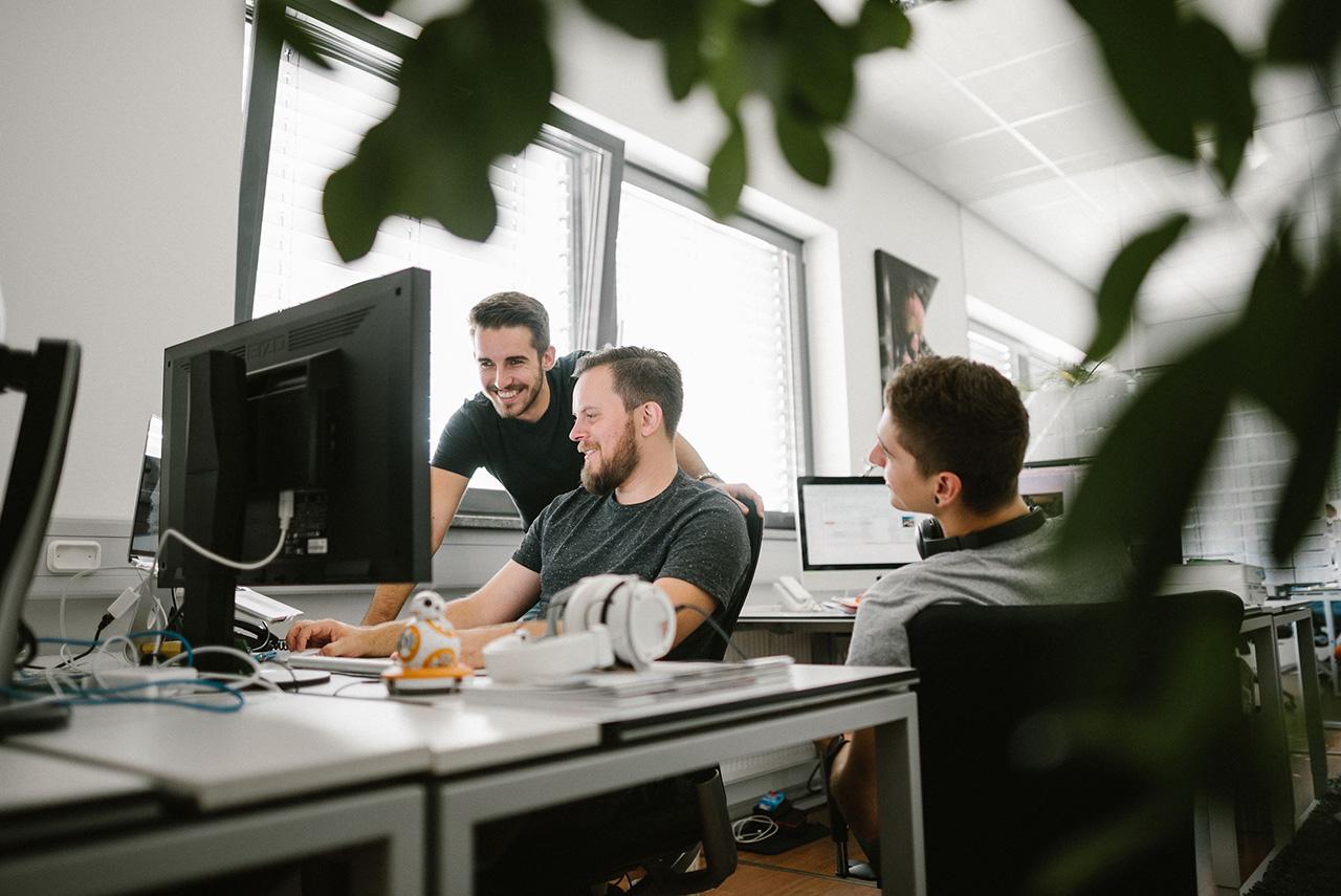 klaus-schwaiger-2017-business-communiacs-web-2.jpg