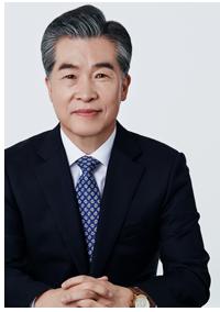 Dr. Anh Min