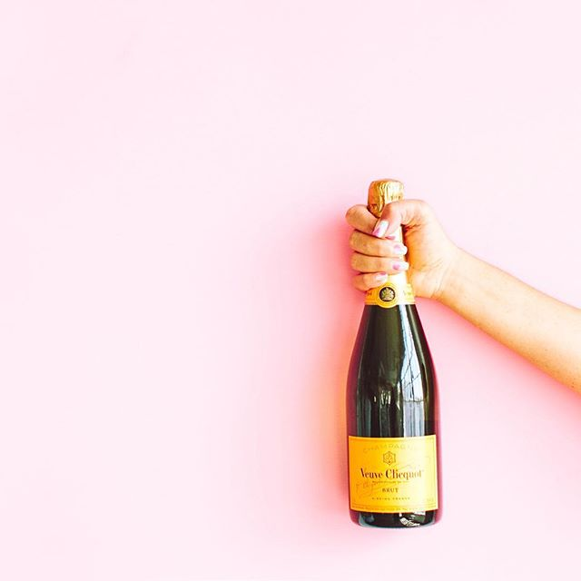 BIG ANNOUNCEMENT 💃🎉 Due to some exciting changes- Tips and Tequila will be on Thursday at 12PM (pst) this week! Any guesses on why I'm popping champagne?⠀ .⠀ .⠀ .⠀ .⠀ .⠀ ⠀ #womanboss #tuesdaymotivation #cheers #cocktailhour #drinkstagram #staytuned #comingsoon #bignews #champagne #anyguesses