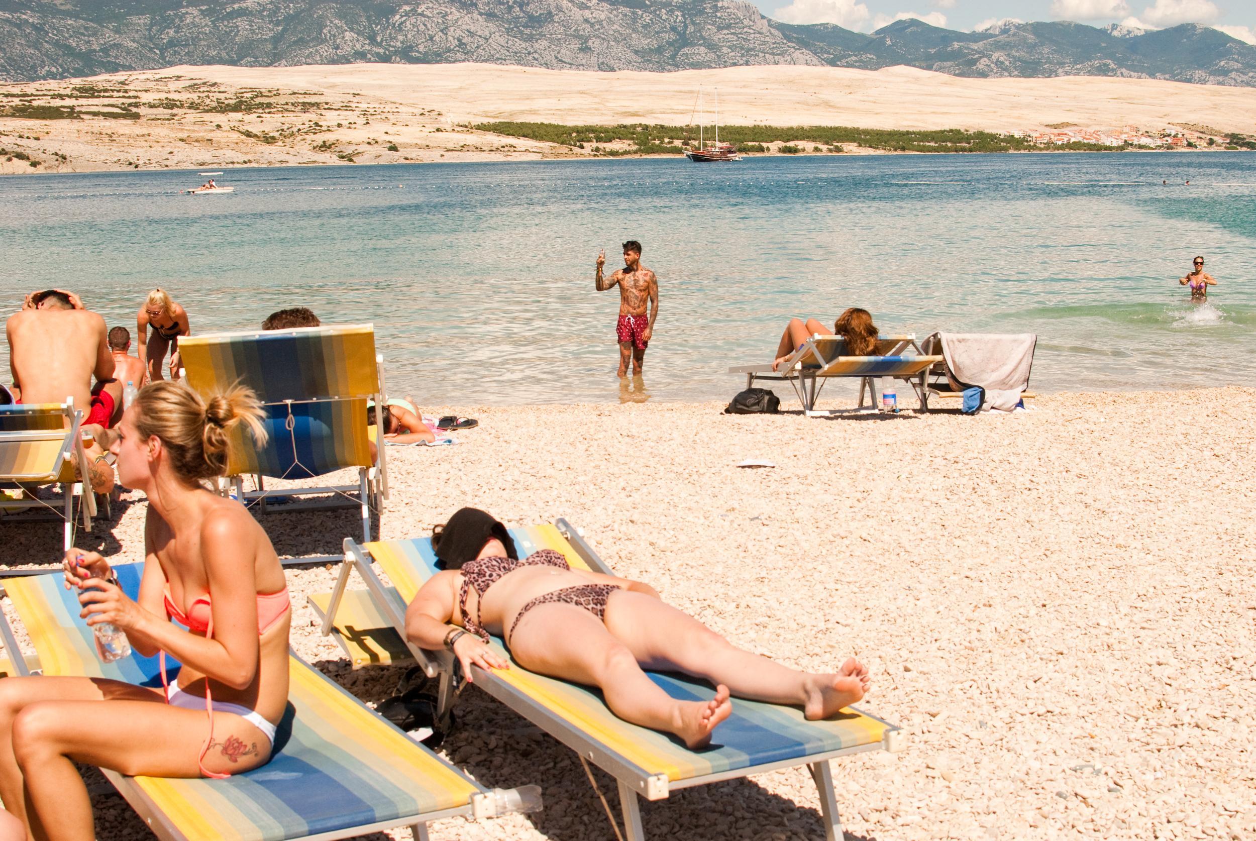 GeorginaCook_hideout_festival_croatia_sun_sea_selfie_beach.jpg