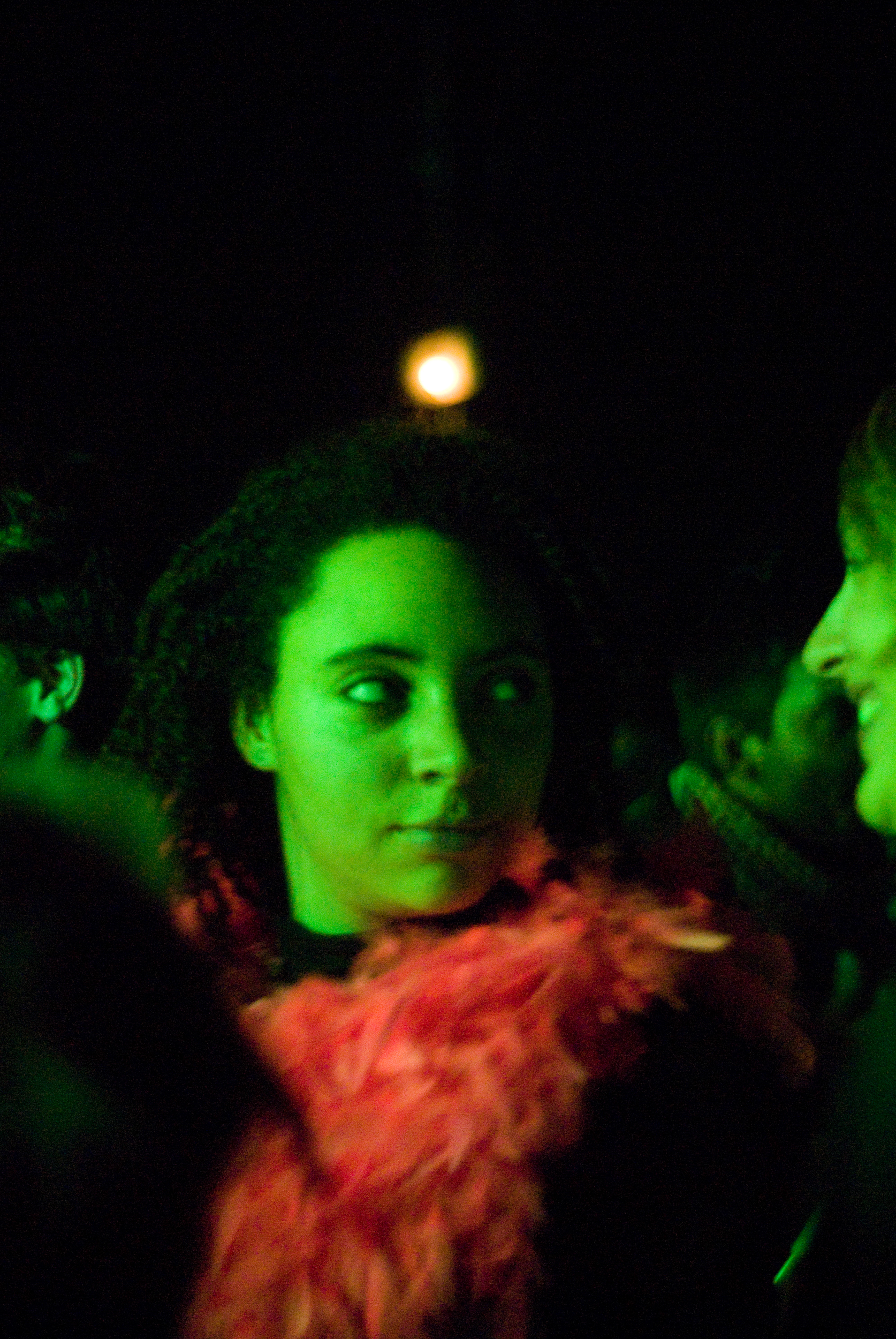 GEORGINACOOK_TRANSMUSICALE-FESTIVAL-GREEN-ROOM-FEATHER-BOA.jpg