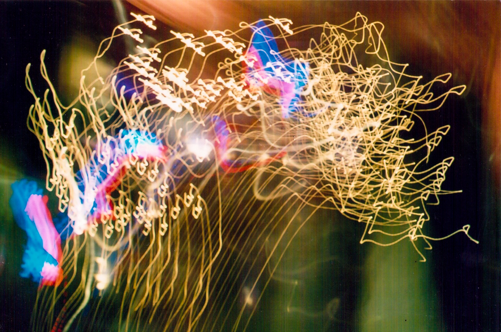 GeorginaCook_memory_scans_lights_djevera_gig.jpg