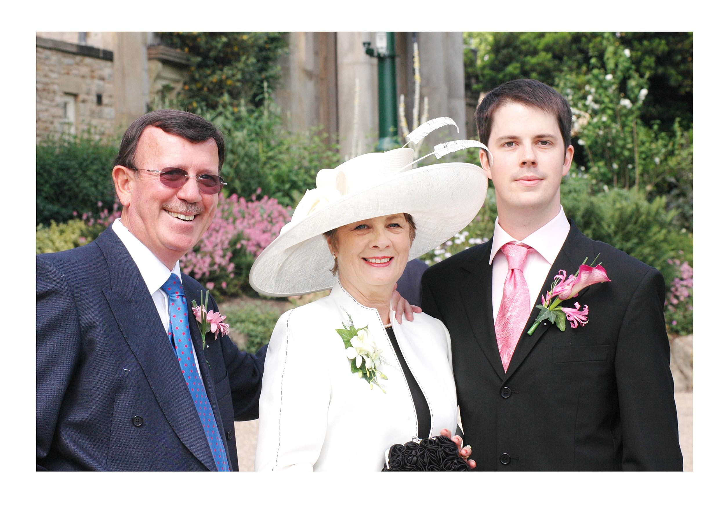 REPORTAGE-WEDDING-PHOTOGRAPHY-SET-UK-1.jpg