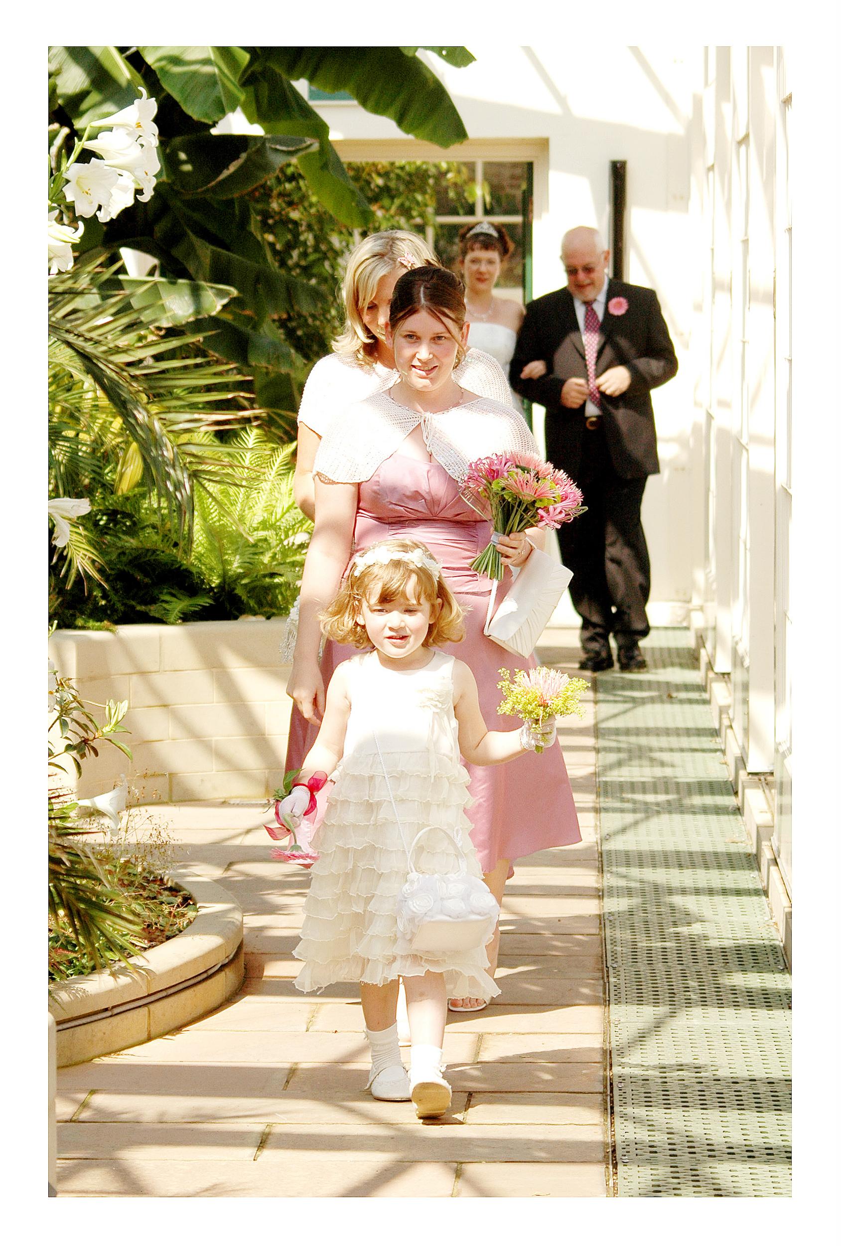 REPORTAGE-WEDDING-PHOTOGRAPHY-SET-UK-4.jpg