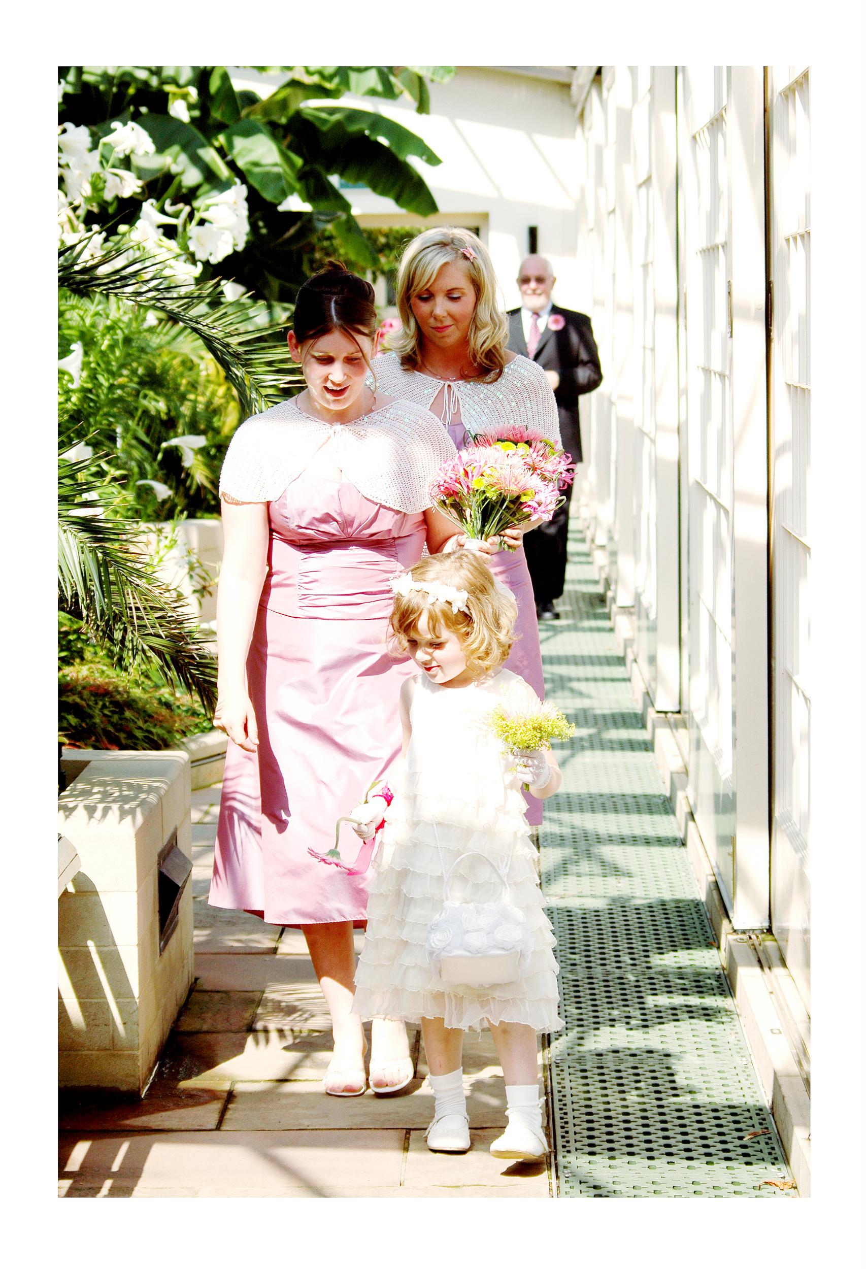 REPORTAGE-WEDDING-PHOTOGRAPHY-SET-UK-6.jpg