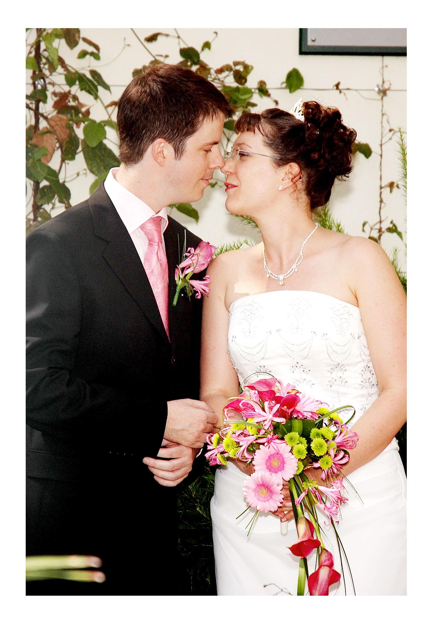 REPORTAGE-WEDDING-PHOTOGRAPHY-SET-UK-10.jpg