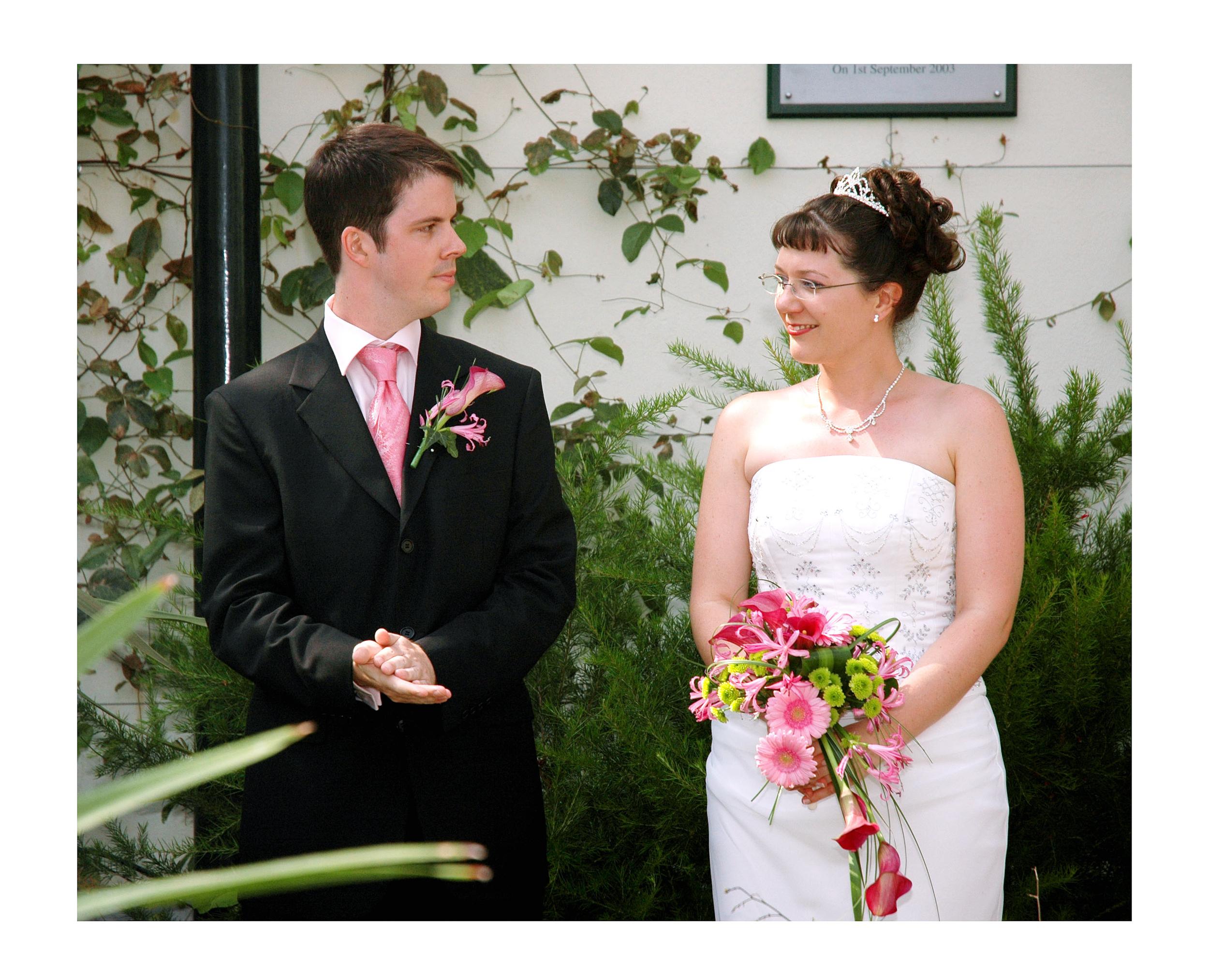 REPORTAGE-WEDDING-PHOTOGRAPHY-SET-UK-11.jpg