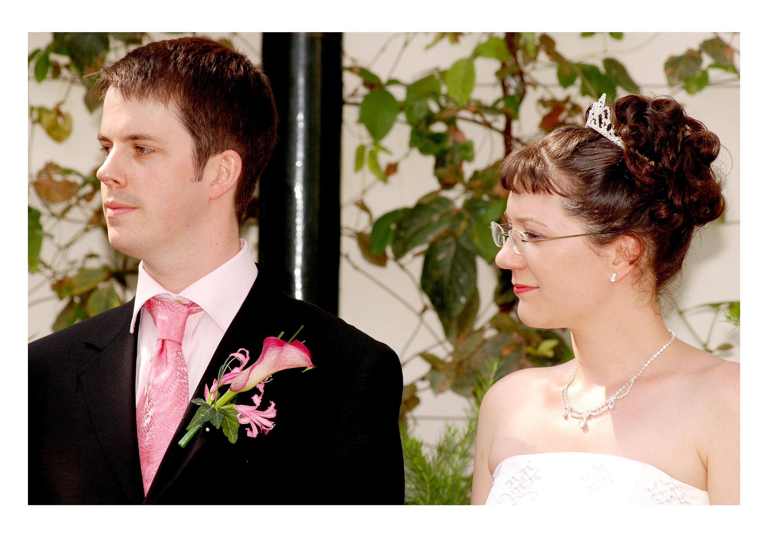 REPORTAGE-WEDDING-PHOTOGRAPHY-SET-UK-13.jpg