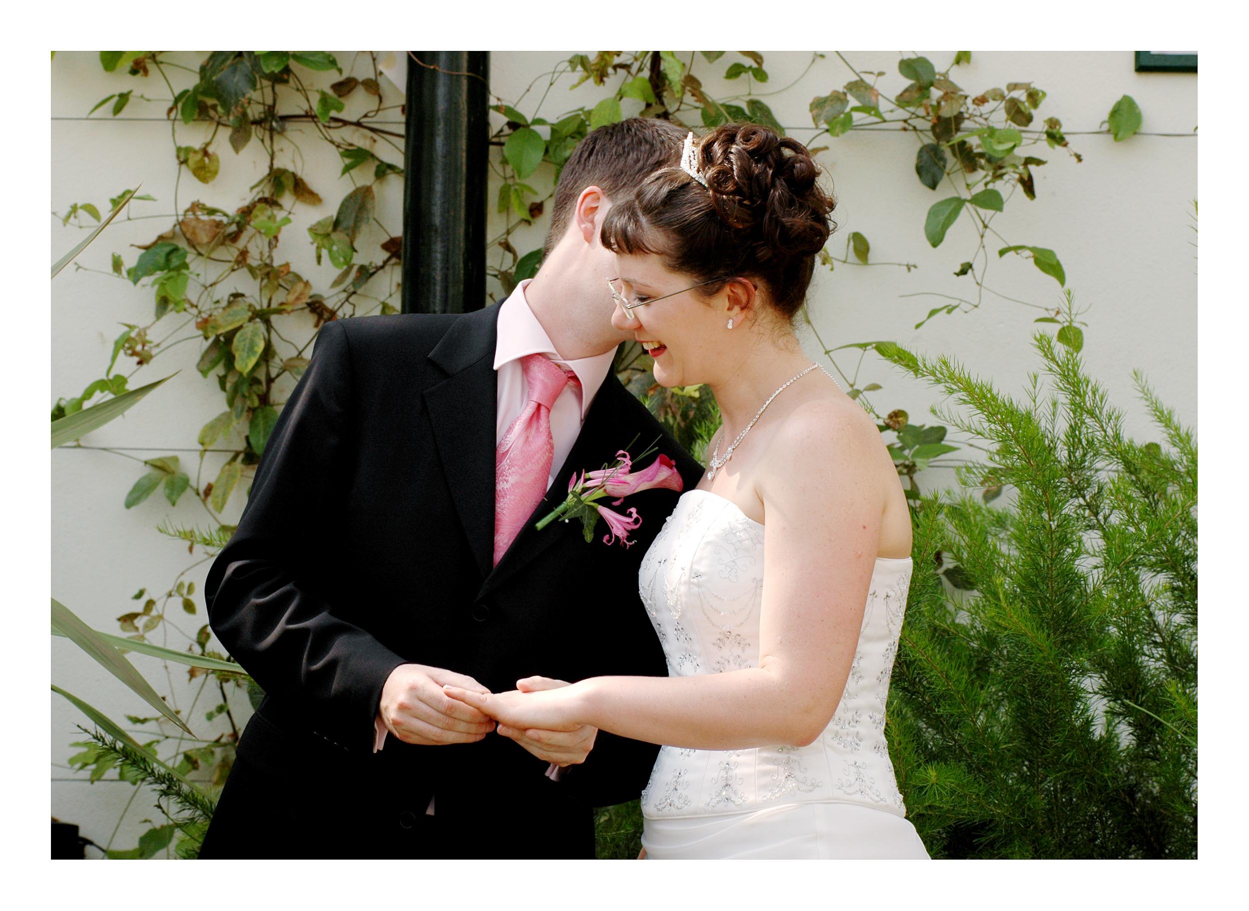 REPORTAGE-WEDDING-PHOTOGRAPHY-SET-UK-14.jpg