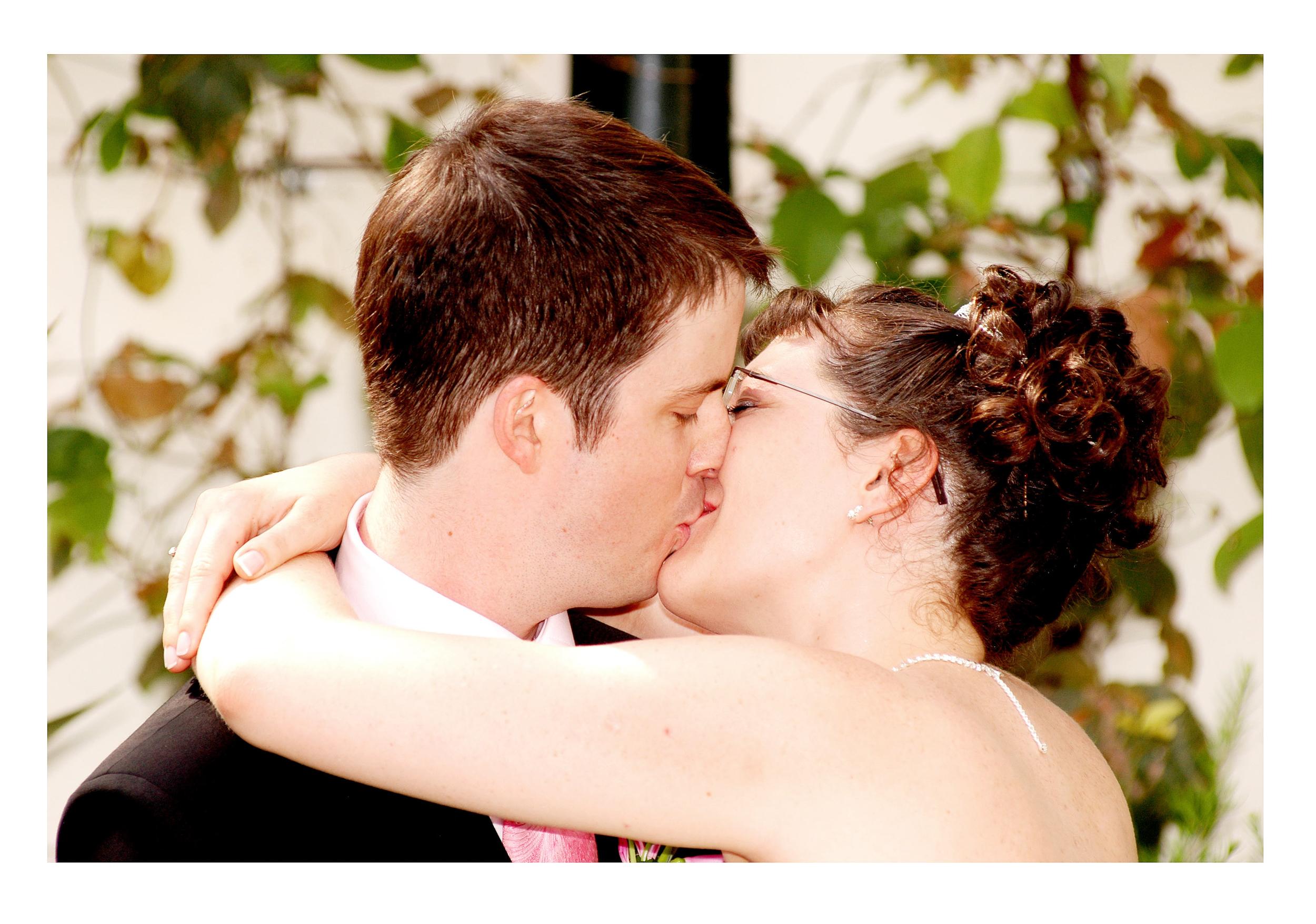 REPORTAGE-WEDDING-PHOTOGRAPHY-SET-UK-18.jpg