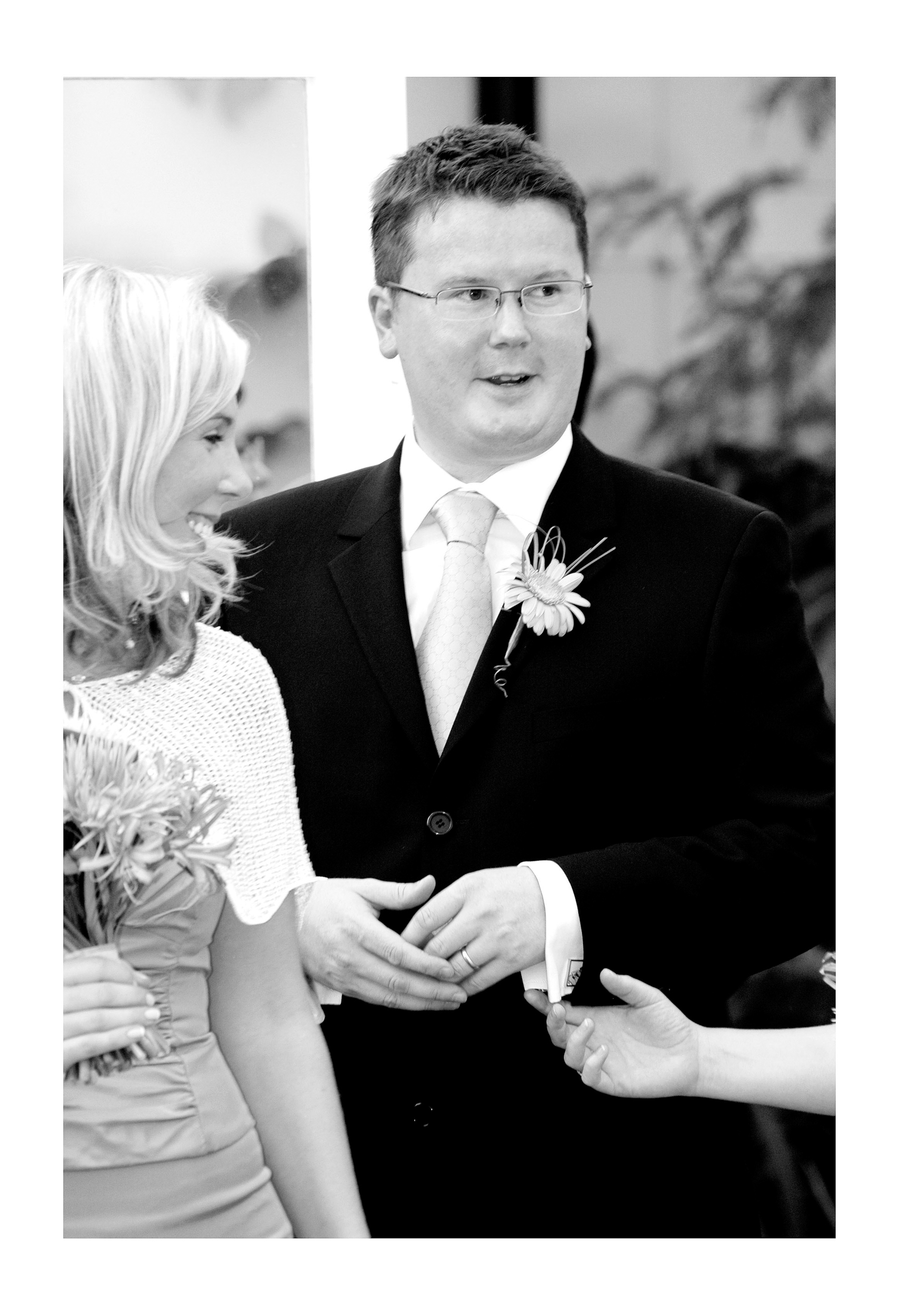 REPORTAGE-WEDDING-PHOTOGRAPHY-SET-UK-22.jpg