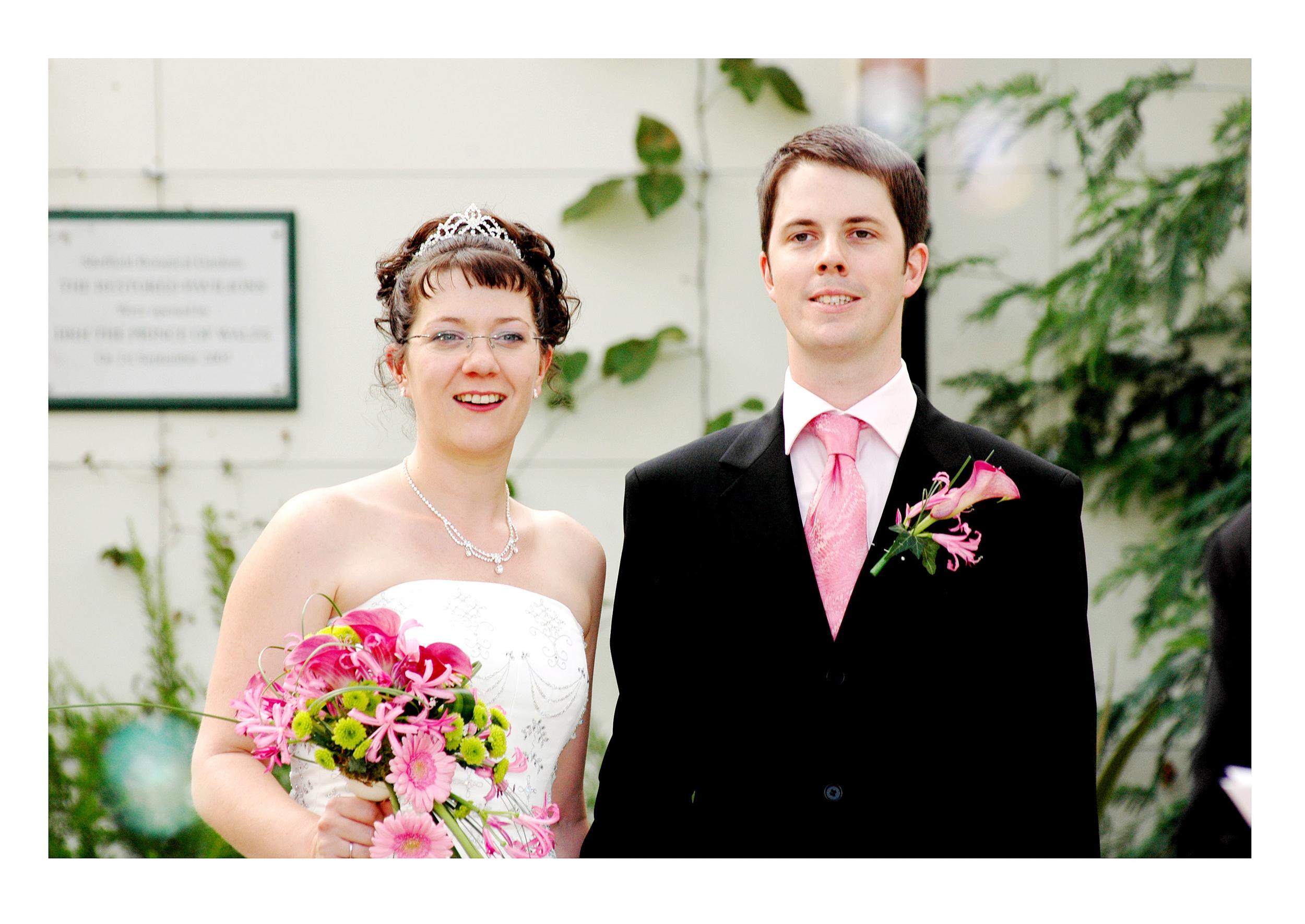 REPORTAGE-WEDDING-PHOTOGRAPHY-SET-UK-24.jpg