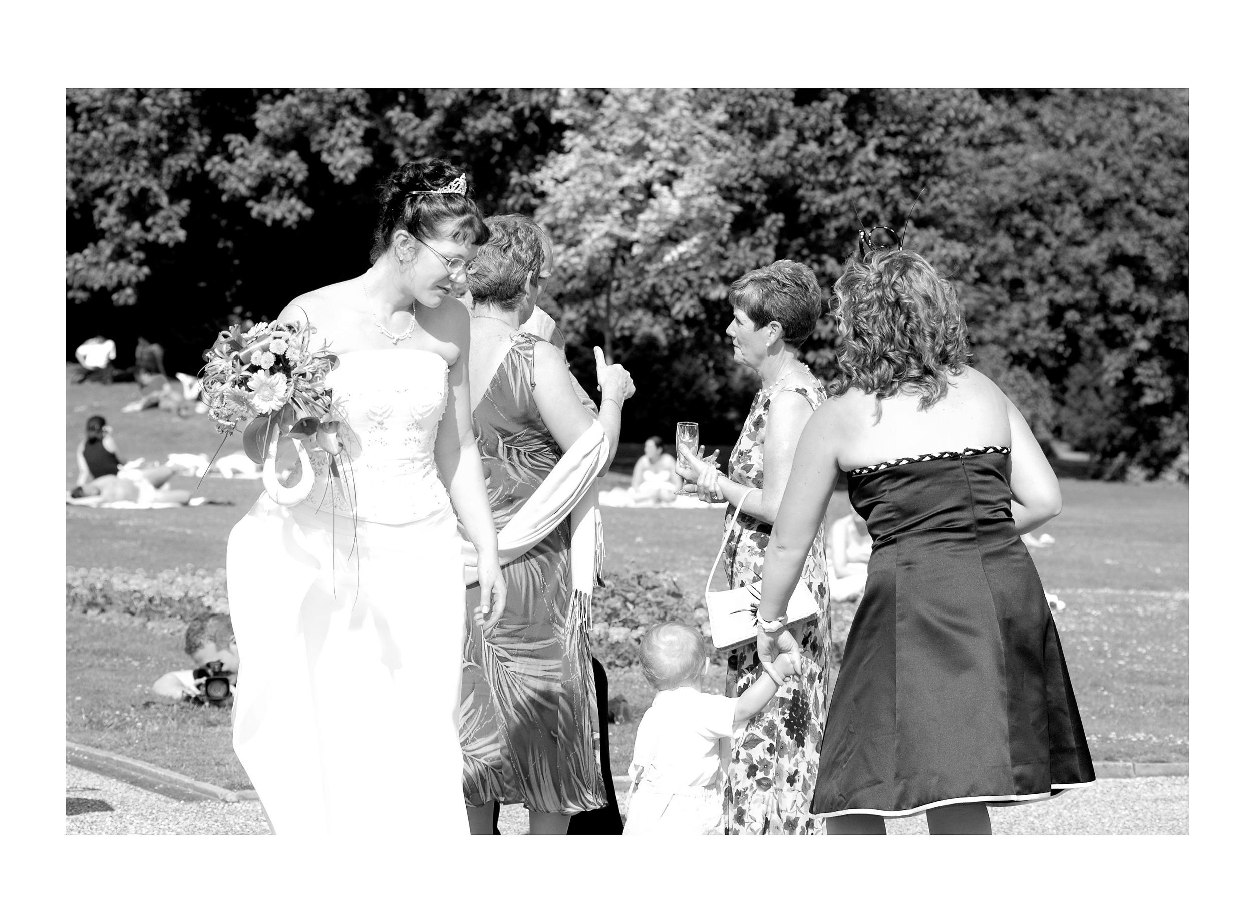 REPORTAGE-WEDDING-PHOTOGRAPHY-SET-UK-30.jpg