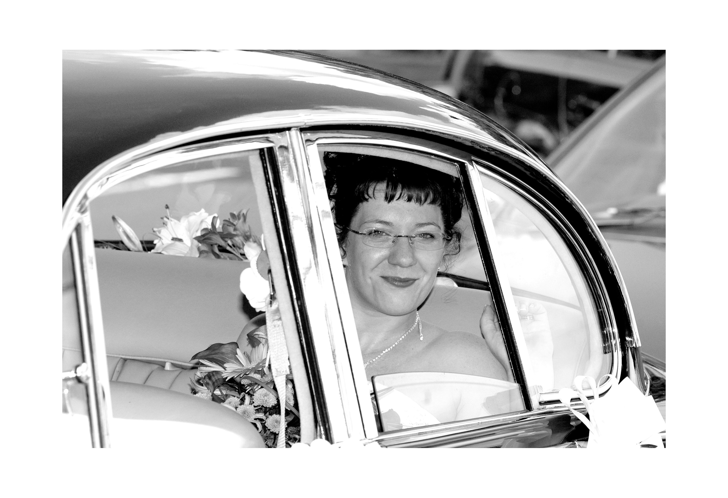 REPORTAGE-WEDDING-PHOTOGRAPHY-SET-UK-34.jpg