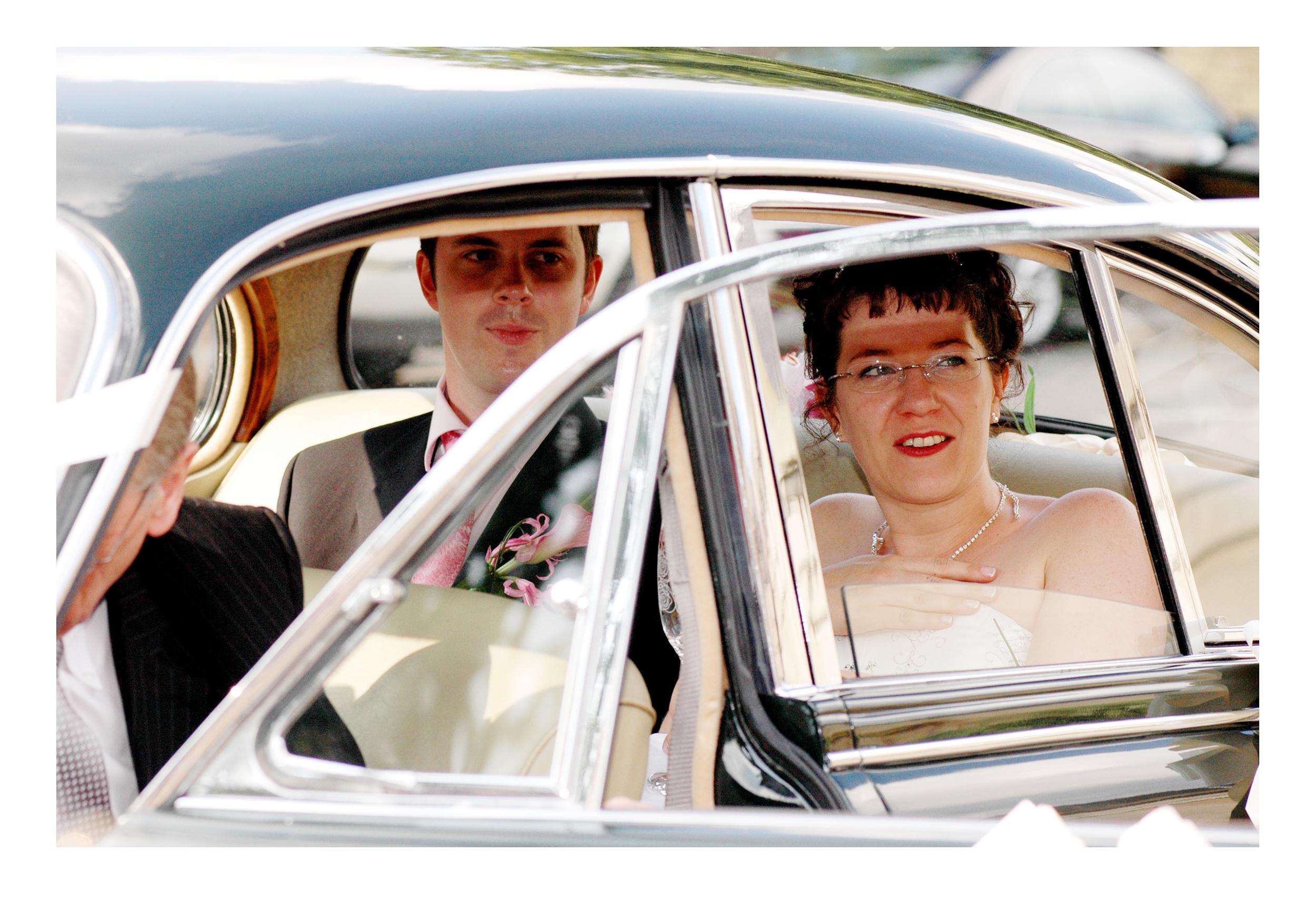 REPORTAGE-WEDDING-PHOTOGRAPHY-SET-UK-36.jpg