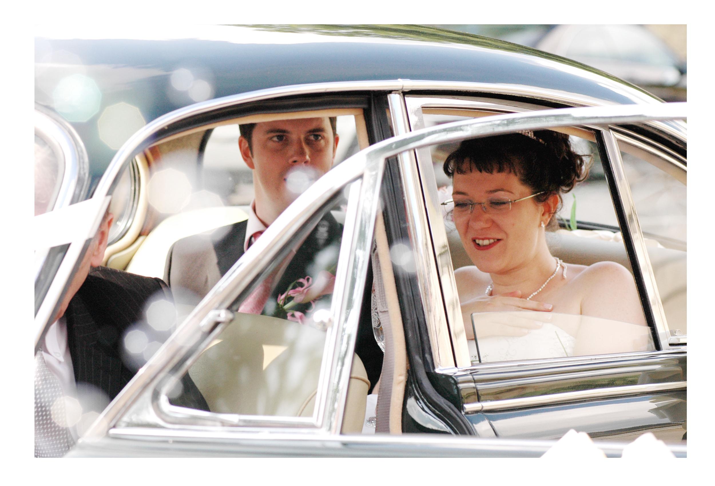 REPORTAGE-WEDDING-PHOTOGRAPHY-SET-UK-37.jpg