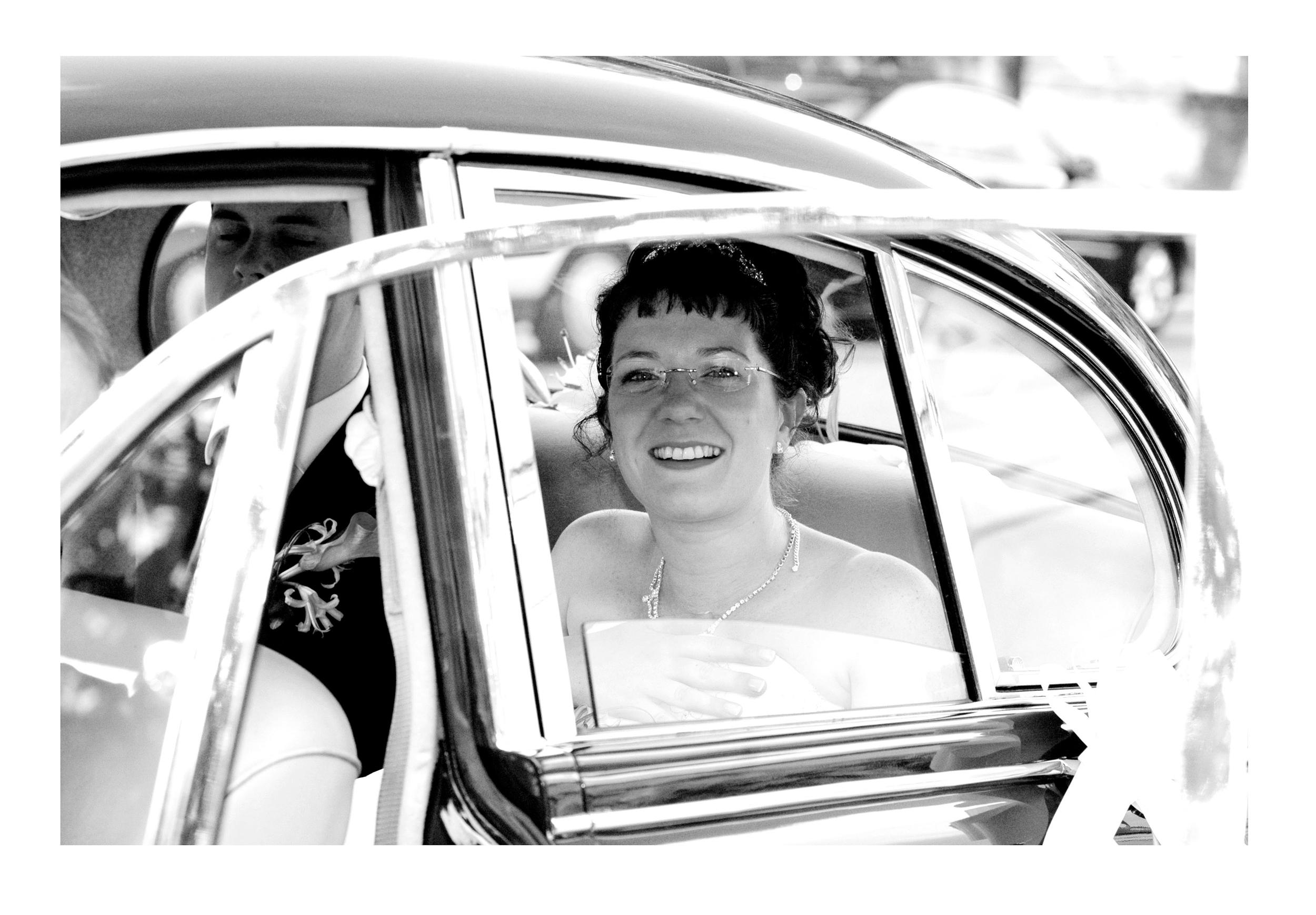 REPORTAGE-WEDDING-PHOTOGRAPHY-SET-UK-38.jpg