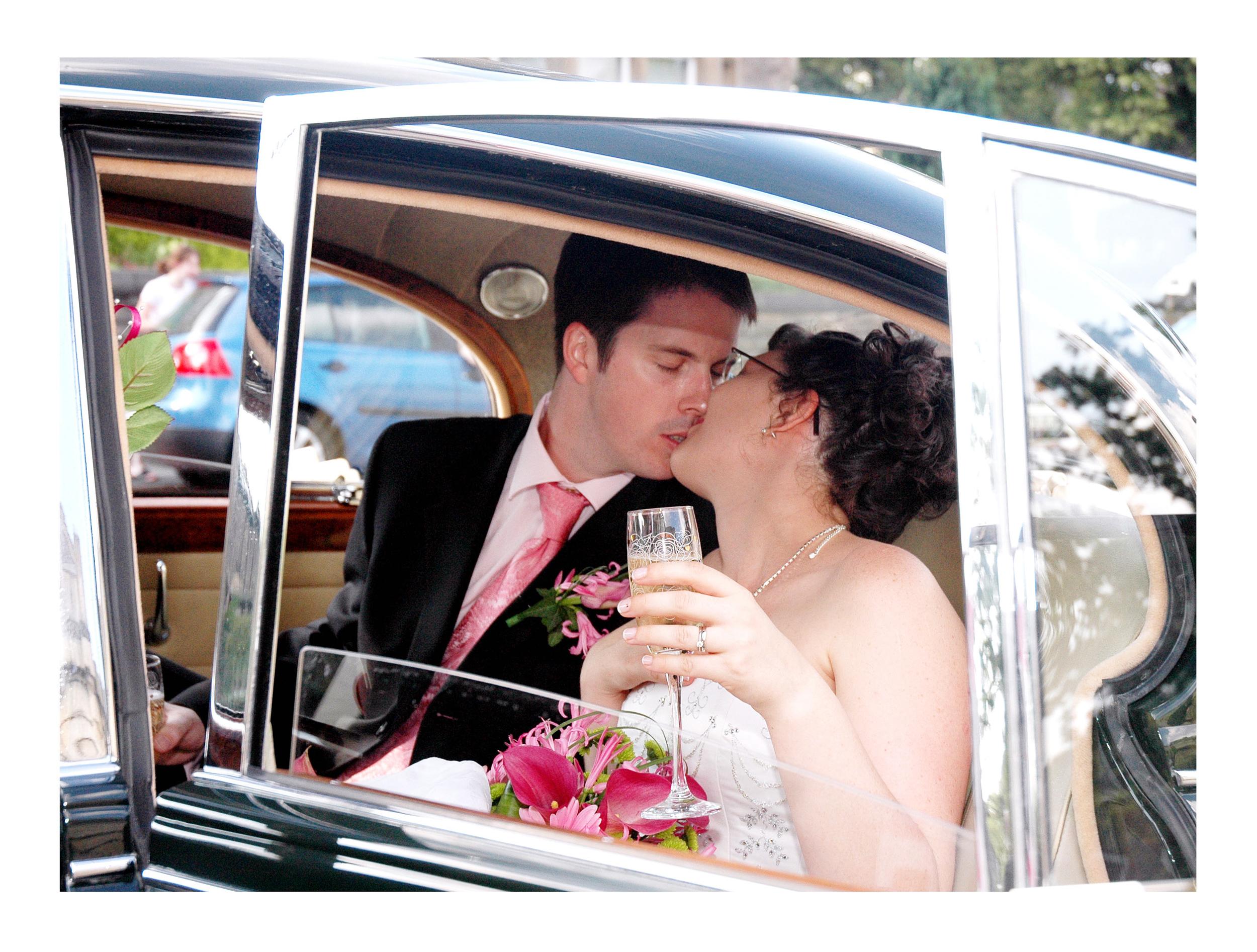 REPORTAGE-WEDDING-PHOTOGRAPHY-SET-UK-40.jpg