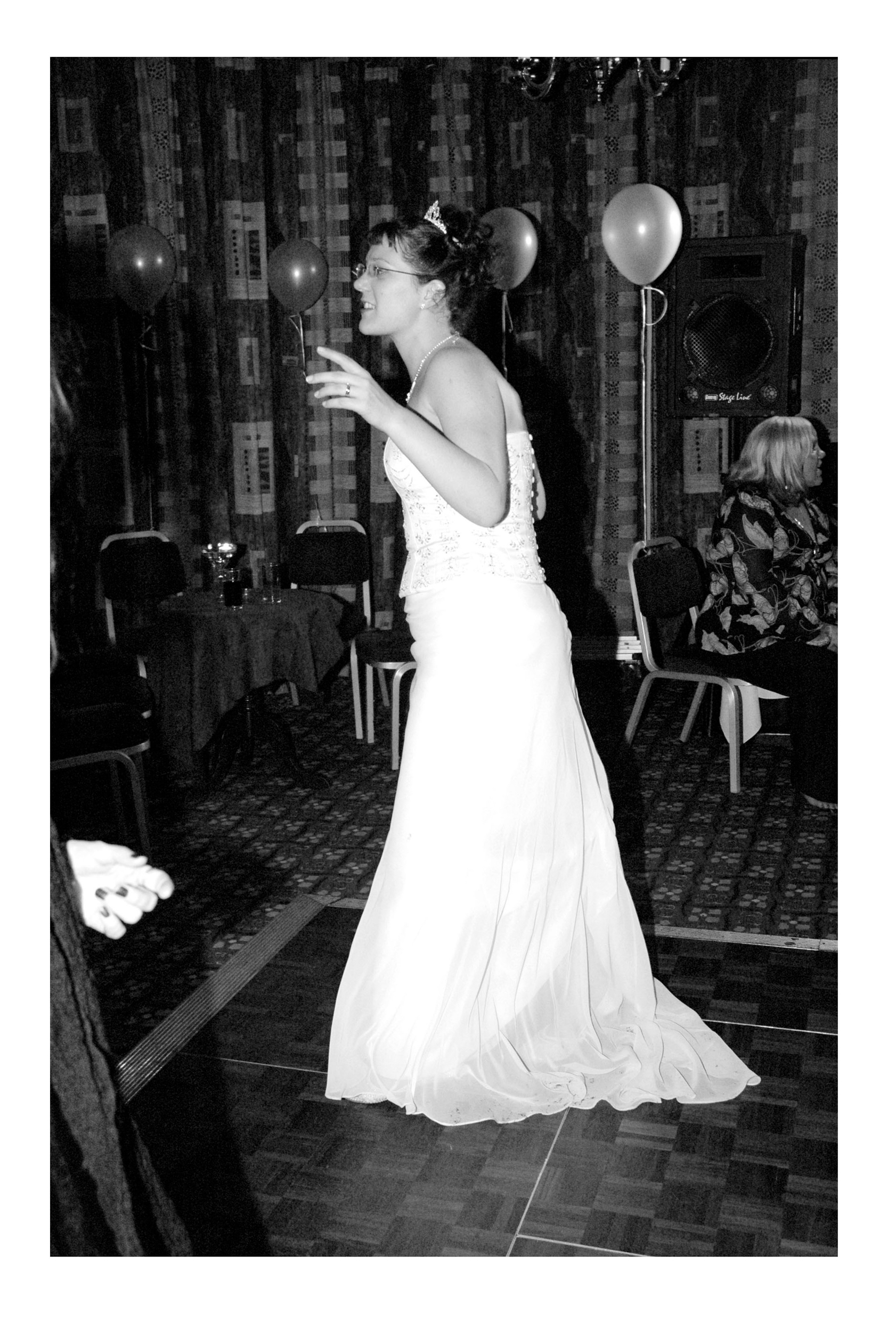 REPORTAGE-WEDDING-PHOTOGRAPHY-SET-UK-78.jpg
