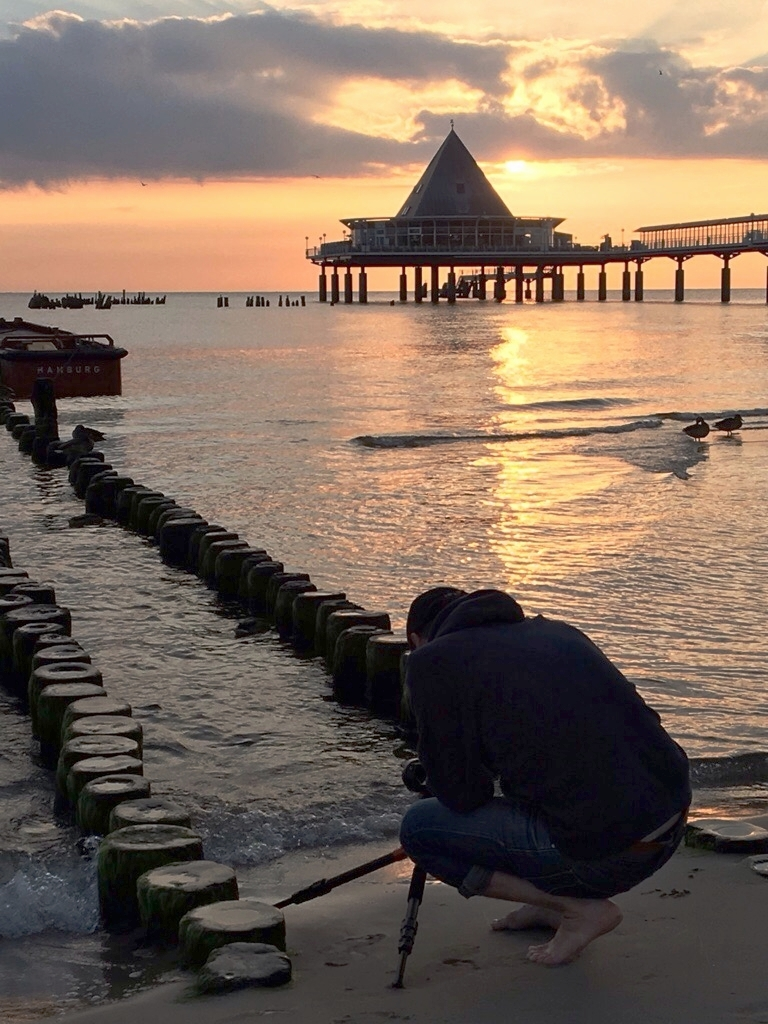 behind the scenes sunrise shooting at Usedom, baltic sea Germany