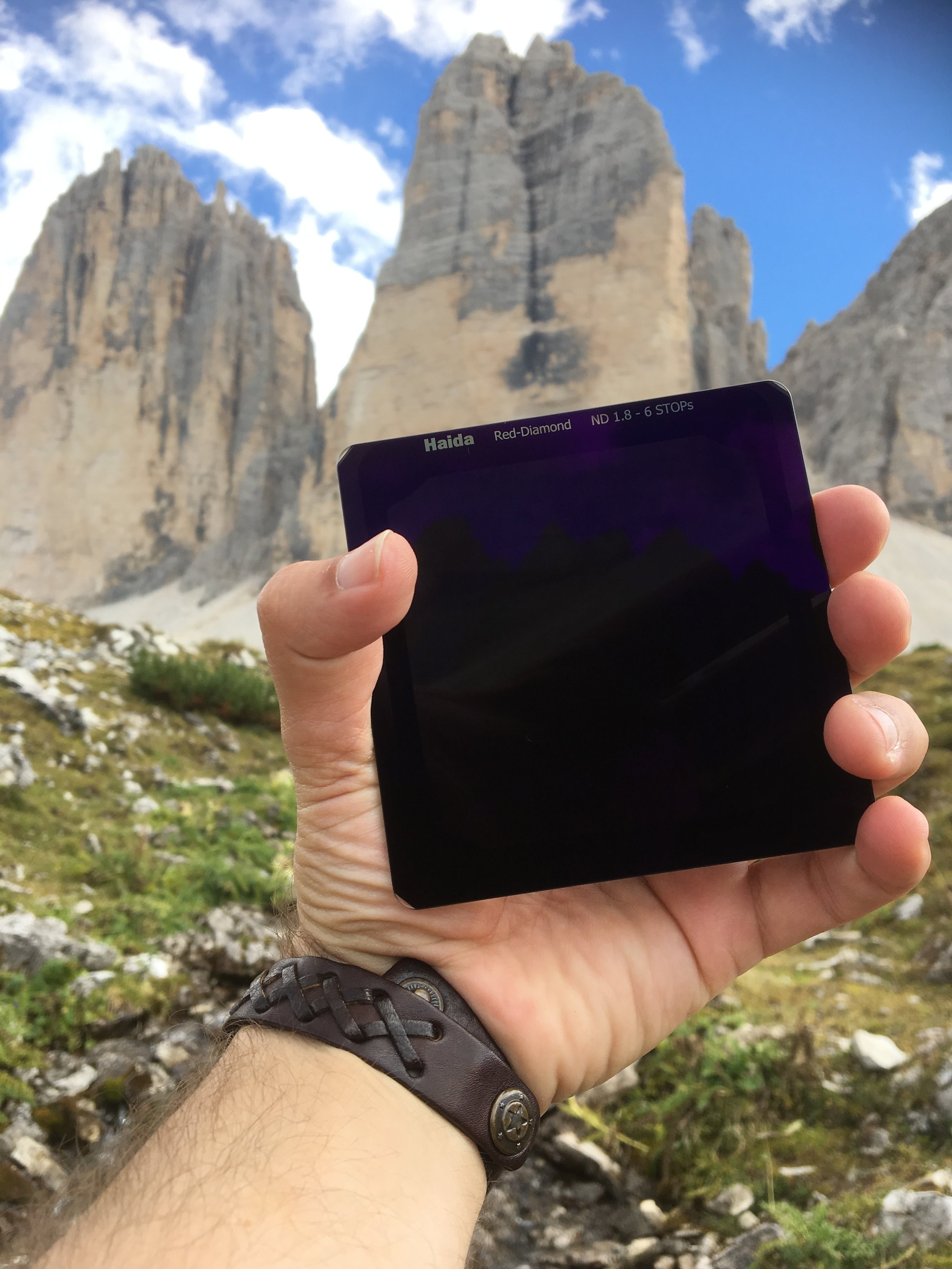 I had the new Haida red-diamond filter with me at the iconic Drei Zinnen / Tre Cime in the Italian Dolomites (a bts image shot with my iPhone)
