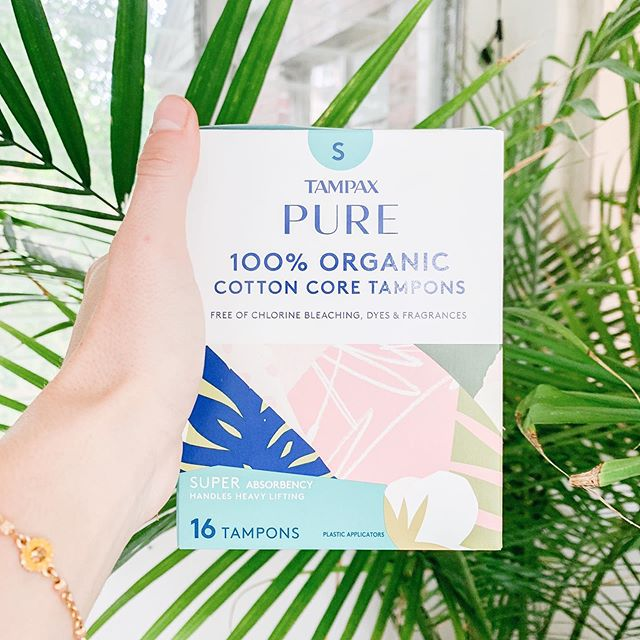TAMPAX has just taken the stress out of searching for non-toxic feminine care for that time of the month 🙌🏼 -  It's soo wonderful to see brands stepping up to remove chlorine, fragrances and bleach from feminine products but it can be complicated to figure out which ones are actually comfortable and work well! Tampax tampons have always been easy and affordable and now, they are non-toxic 🙌🏼 - These have the same ease of use and comfort that Tampax has always provided with a clean core for our bodies ♥️ I'm sooo excited about these!! - Click the link in my bio to order some PURE Tampax tampons for yourself ♥️ #ad #tampax #tampaxpure