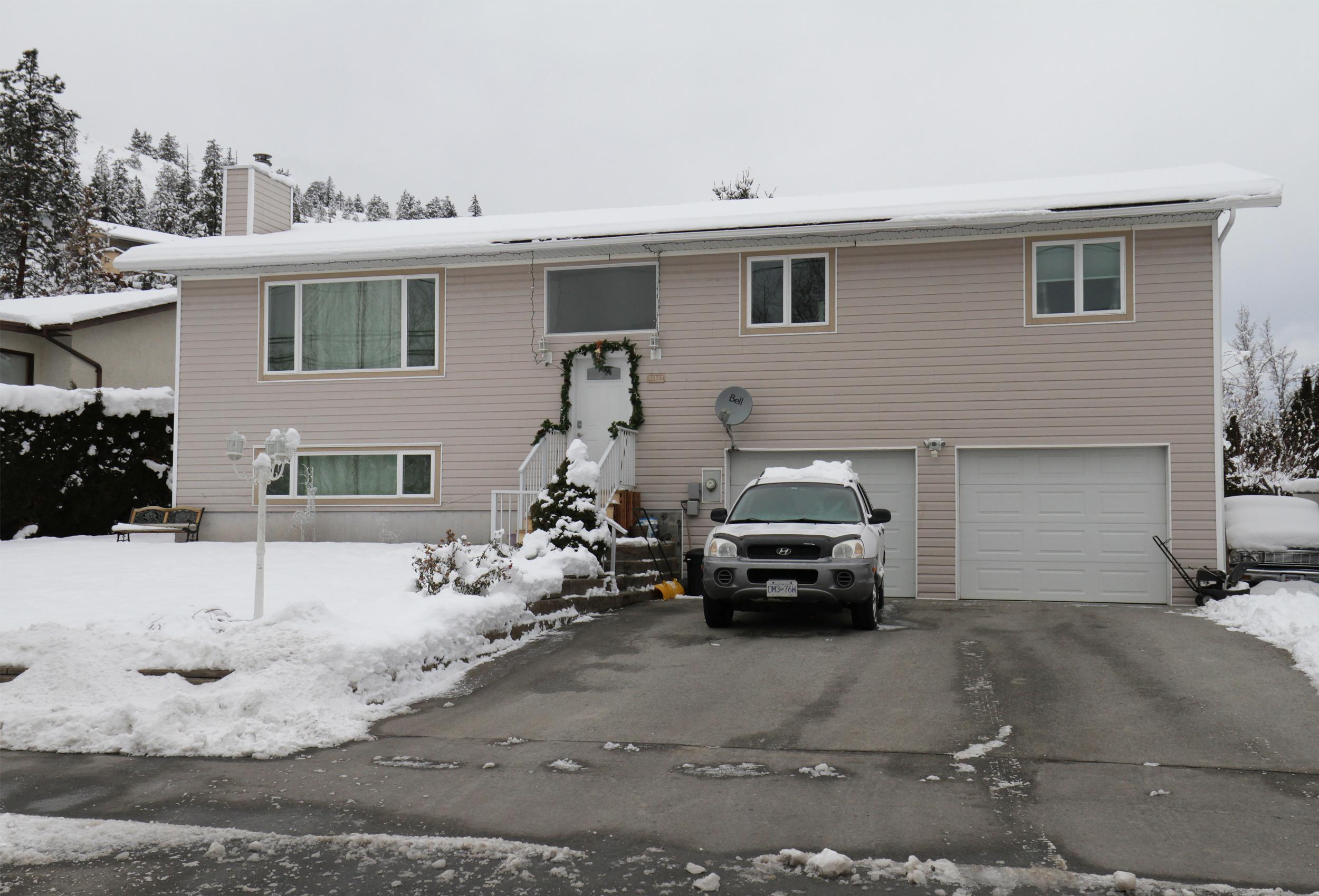 Parker-Real-Estate-11722-Prairie-Valley-Rd-1.jpg