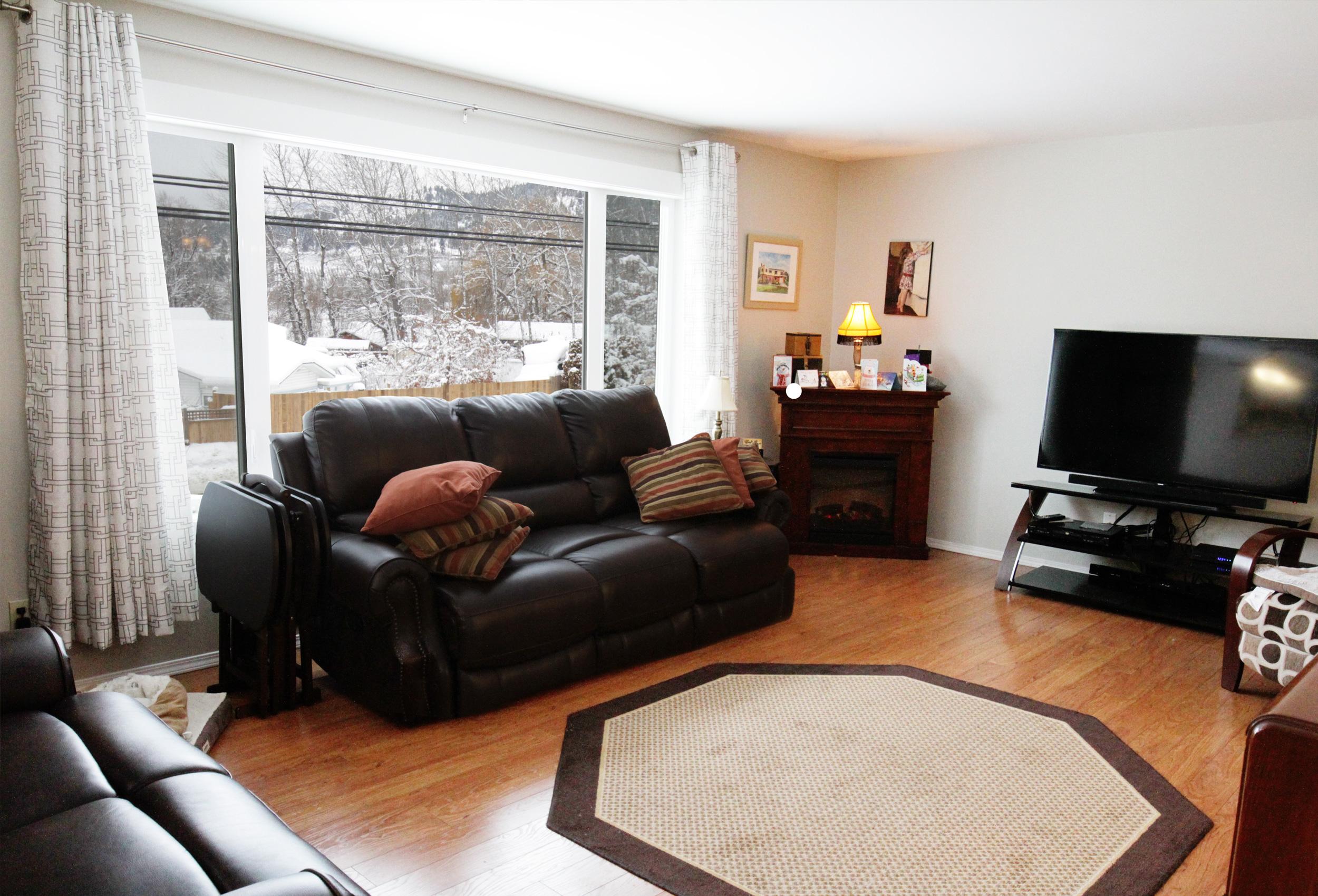 Parker-Real-Estate-11722-Prairie-Valley-Rd-4.jpg
