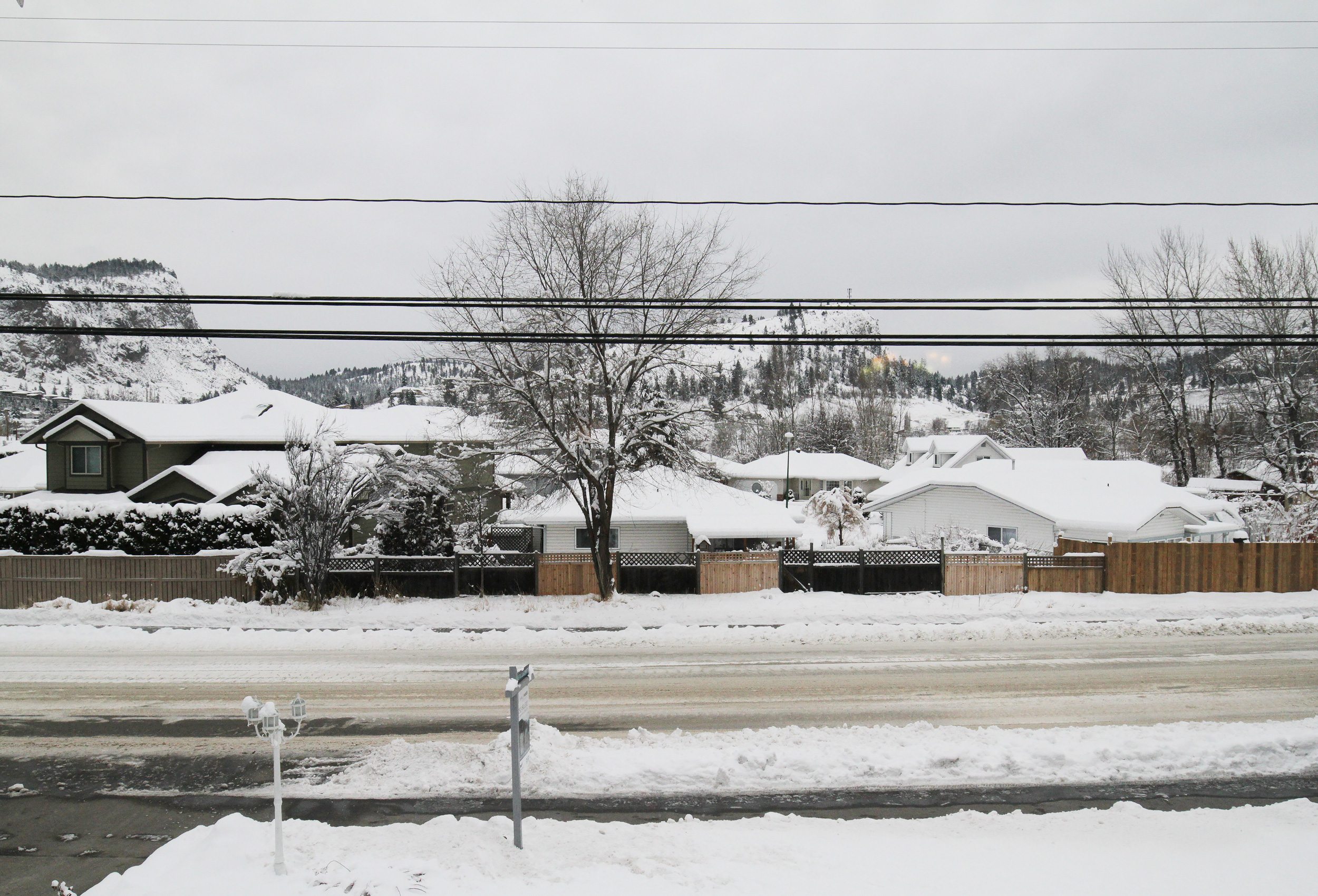 Parker-Real-Estate-11722-Prairie-Valley-Rd-12.jpg