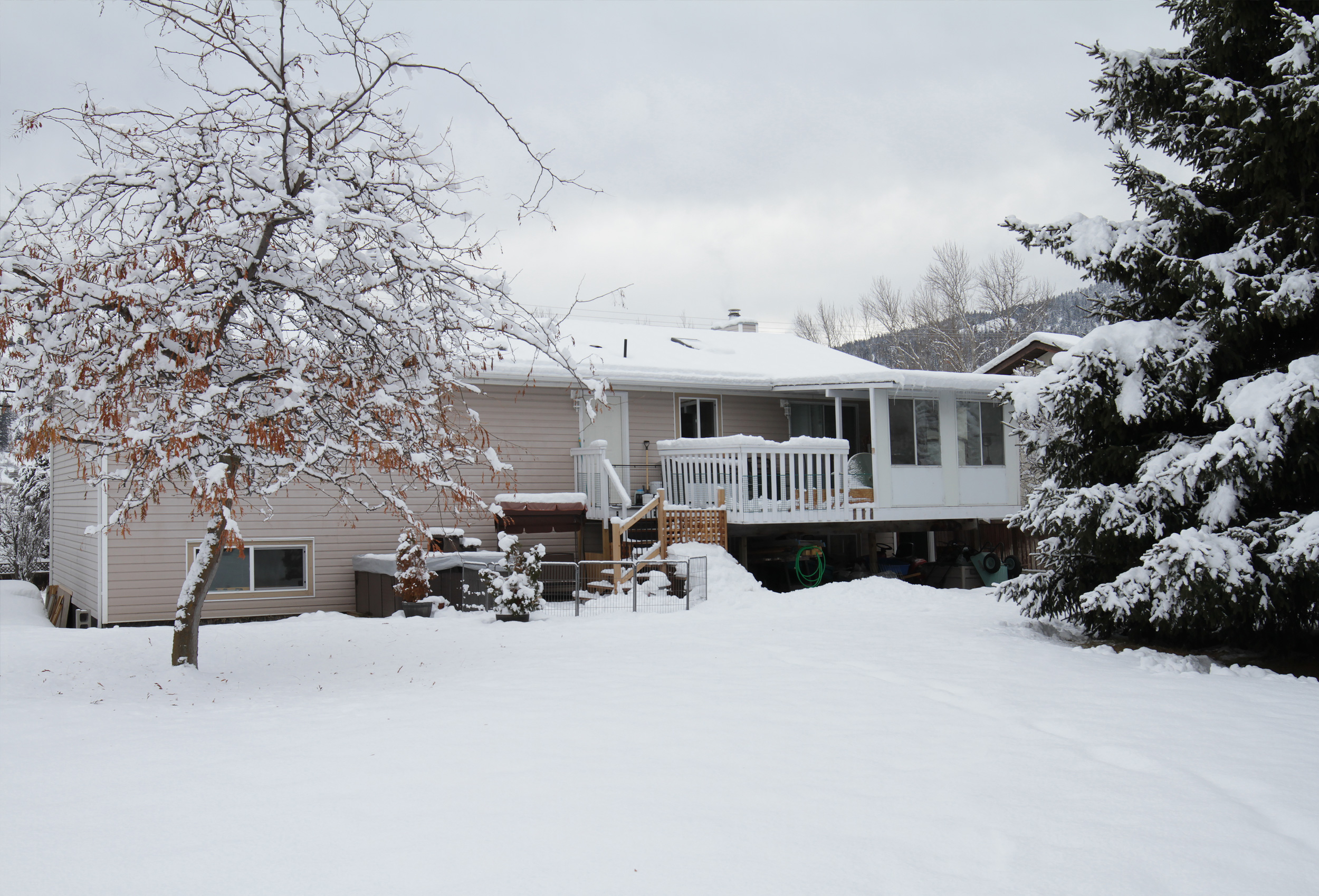 Parker-Real-Estate-11722-Prairie-Valley-Rd-20.jpg