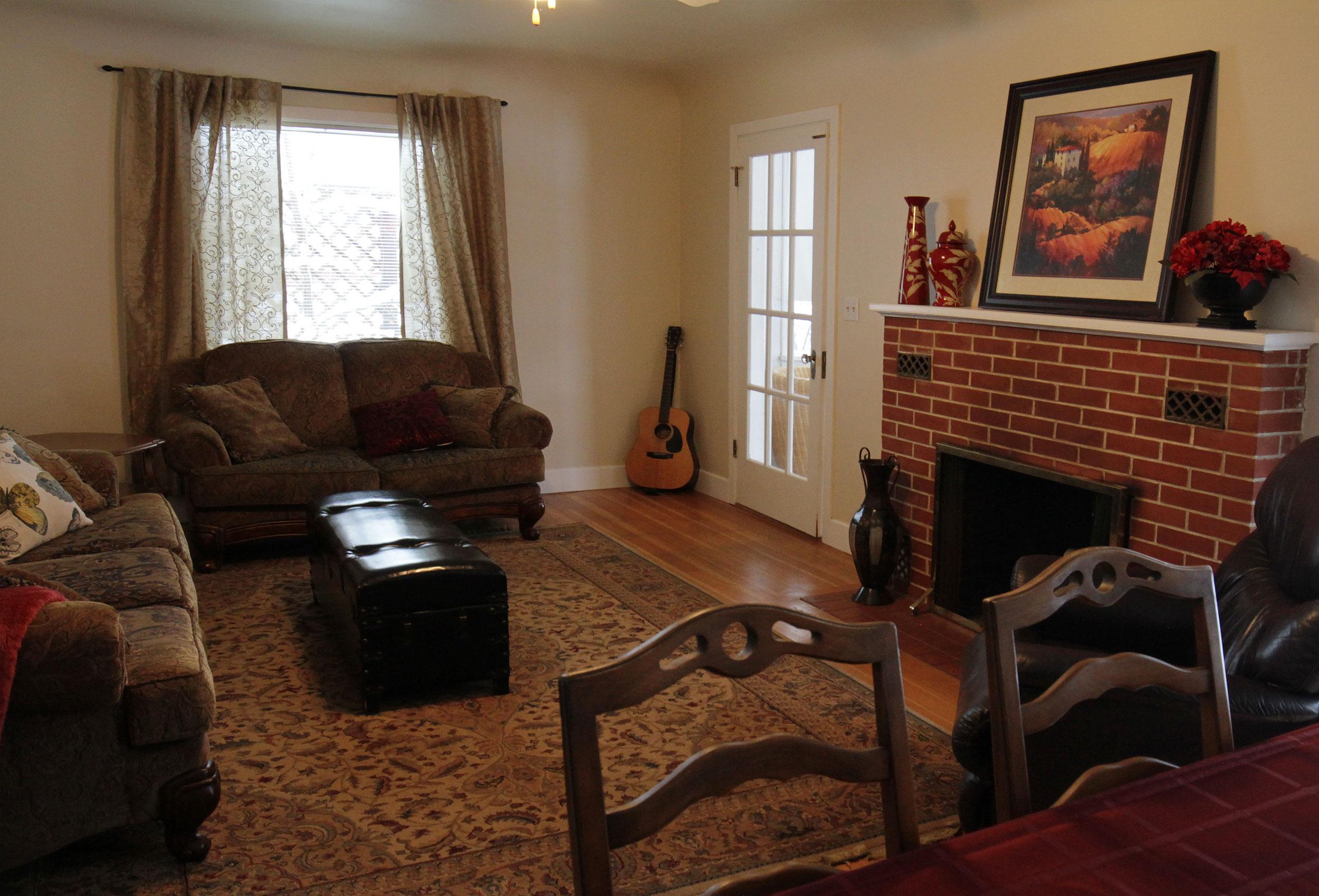Parker-Real-Estate-12428-Victoria-Rd-4.jpg