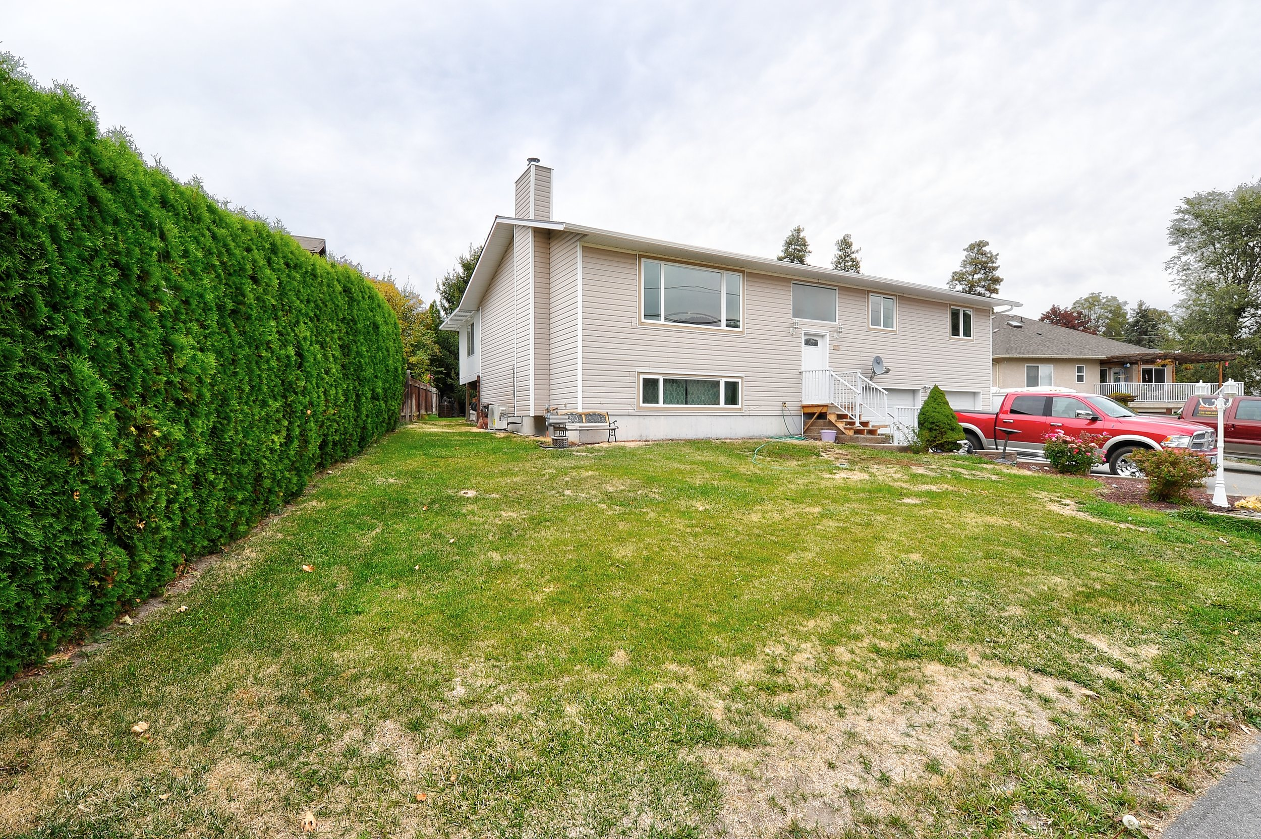 11722 Prairie Valley Road | Summerland, BC | MLS 171203 | $ 577,000 List | SOLD | April 2018