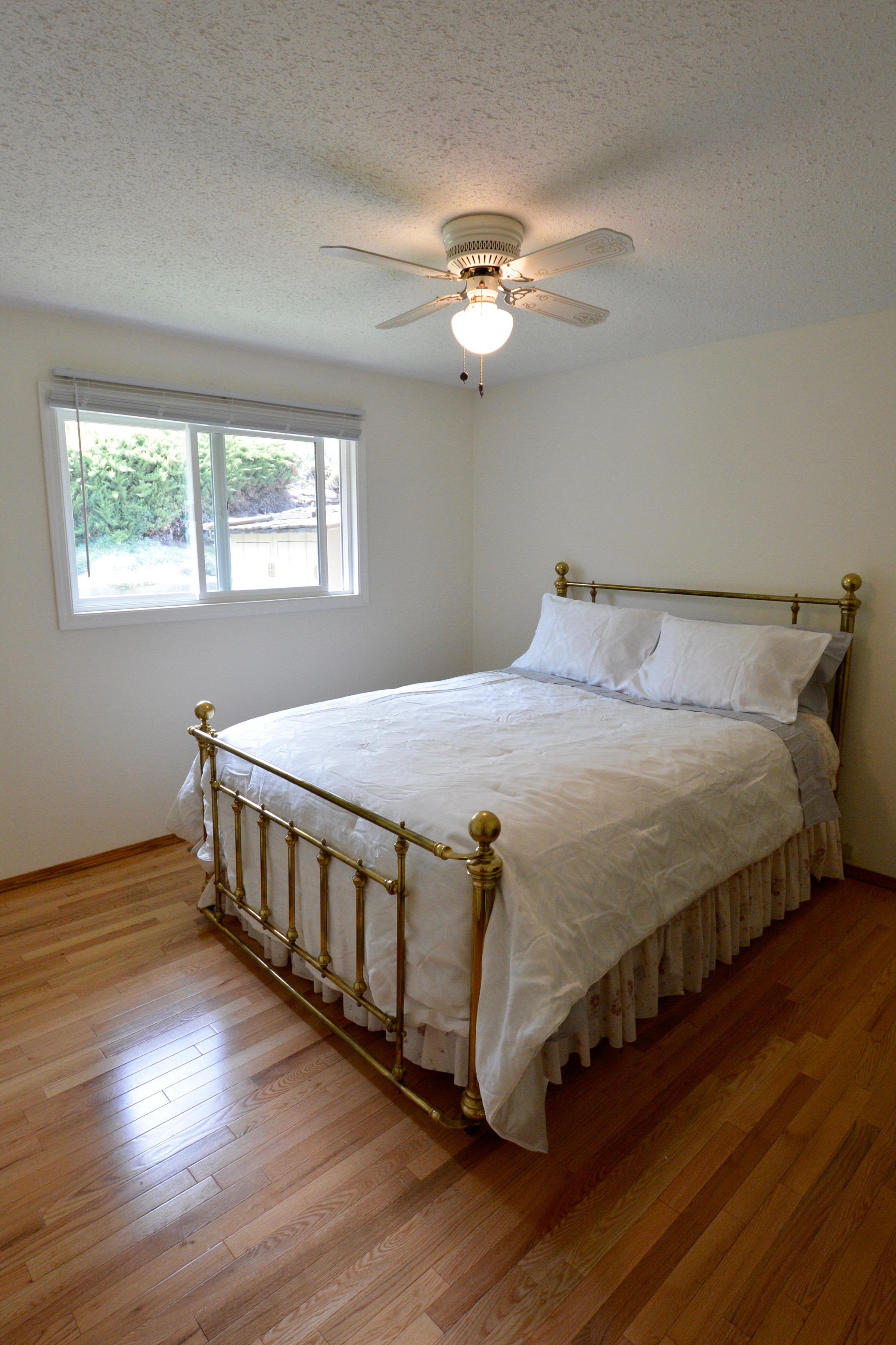 2. Master bed.jpg