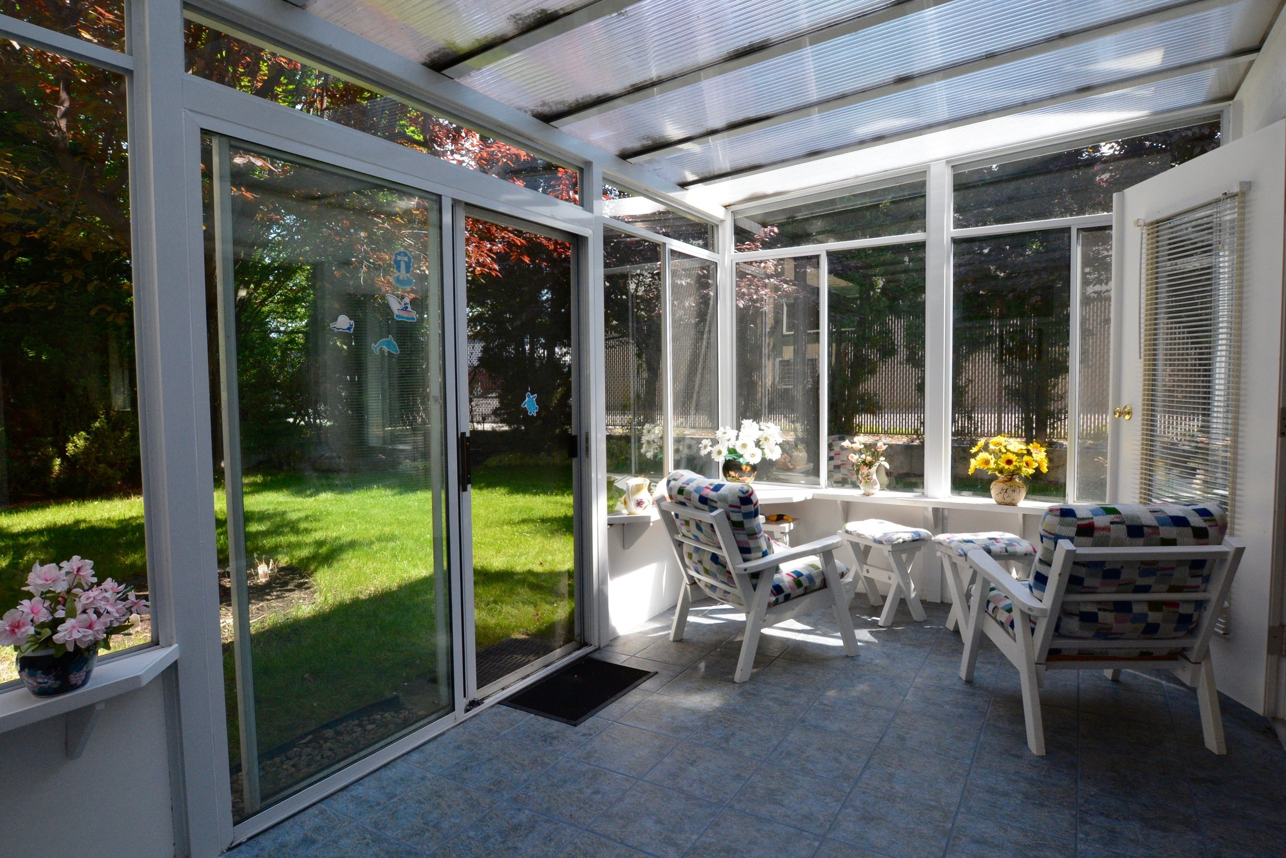 7. Sunroom 2.jpg