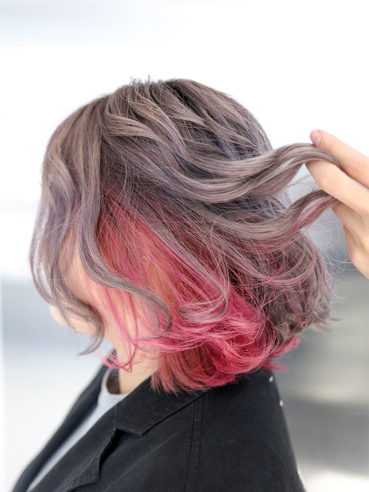 smokey purple x Inner pink - MENUWhole-head bleach, colour, inner colour, cut and stylePRICEapprox. $560 (Whole-head bleach medium $280, Colour medium $150, Inner colour medium $60, Cut $70+)TIMEapprox. 4-5 hoursNOTEPictured customer has really thick hair as reflected by increased bleaching fee.
