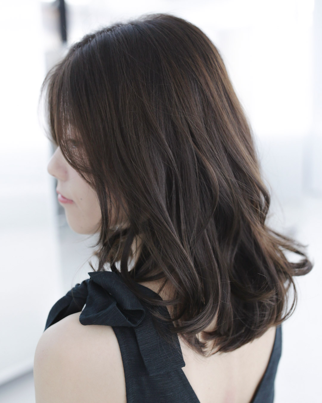Smokey Brown - MENUTint colour, Cut and stylePRICEapprox. $240(Tint colour long $170+, Cut $70+)TIMEapprox. 2 hours