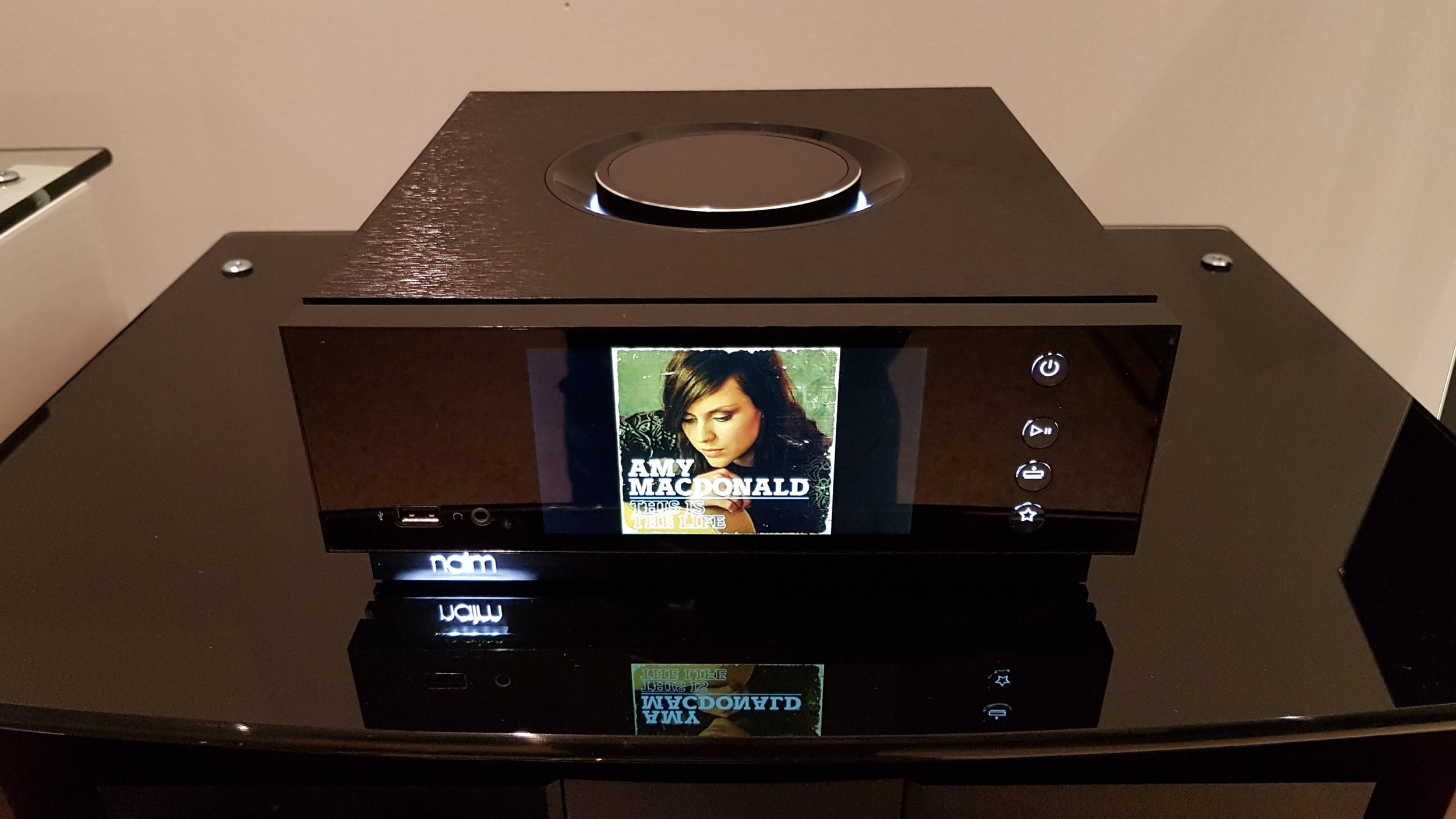 Naim Uniti Atom, Image by Xin Tan @ Audio Excellence