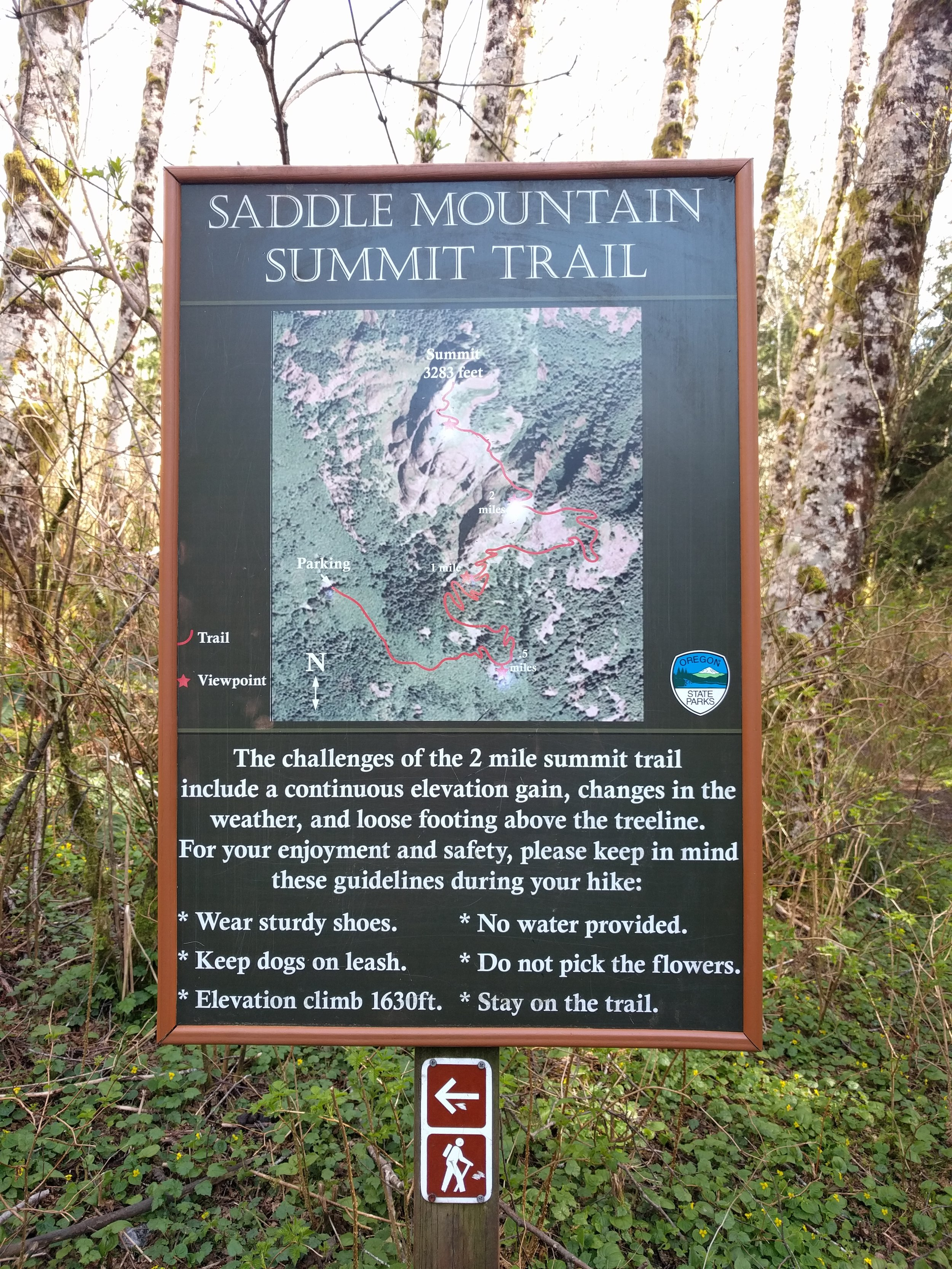 Map sign at the trailhead. Don't bother with the viewpoint a half mile in--much better views are had further up!