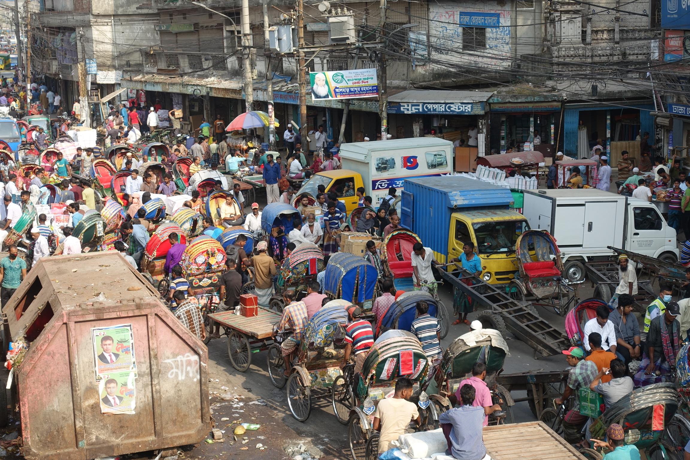 rickshaw traffic jam